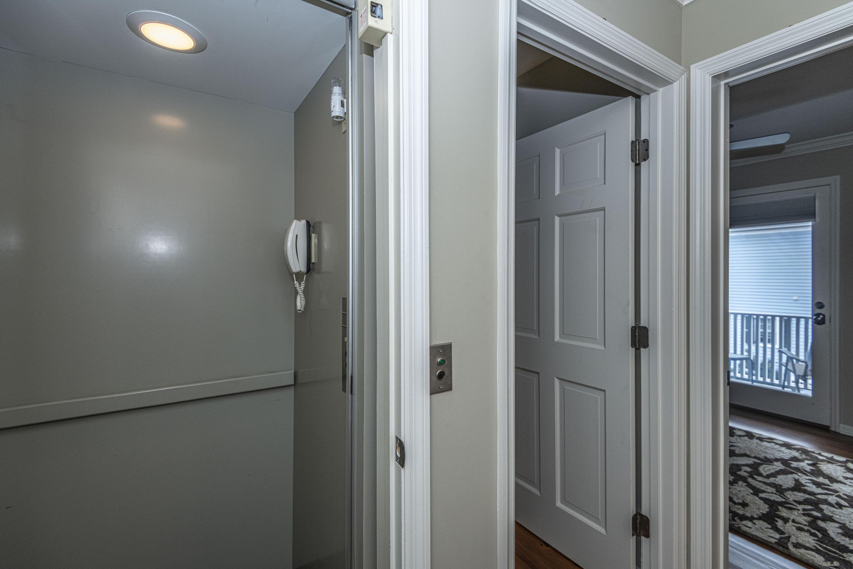 36 Harleston Place Charleston, SC 29401