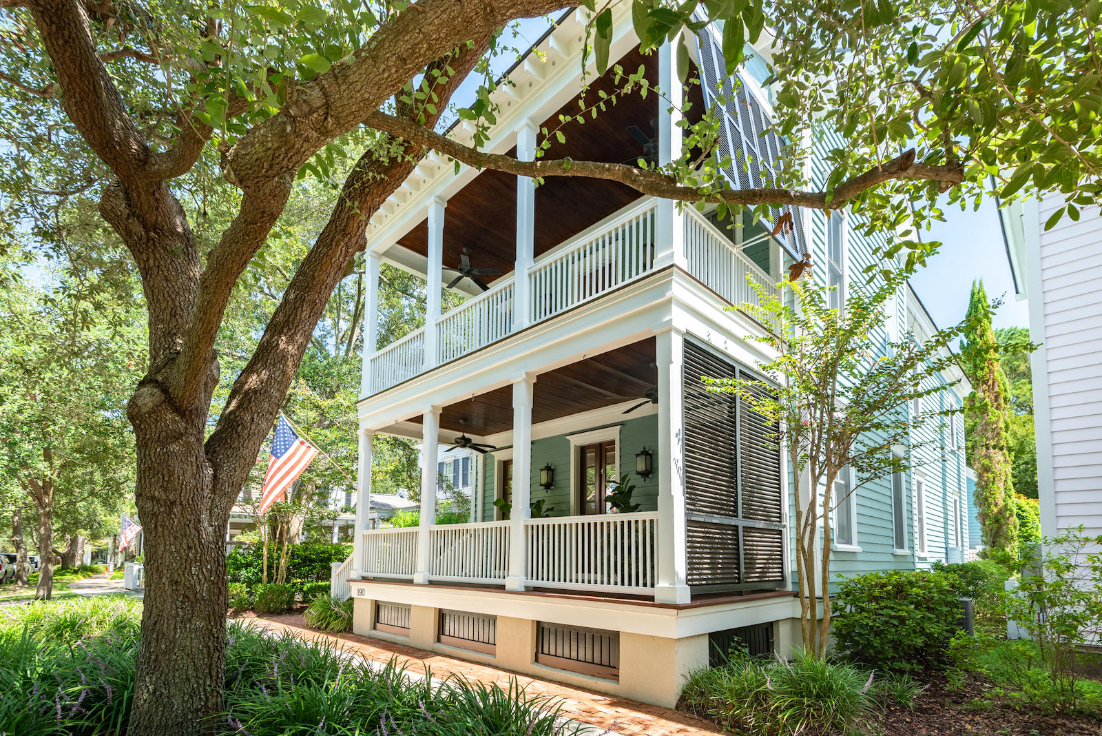 190 Ionsborough Street Mount Pleasant, SC 29464