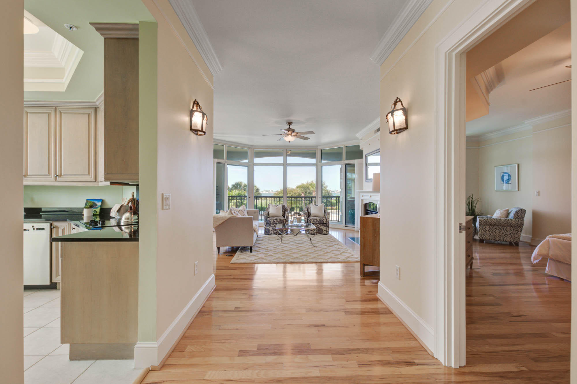 Renaissance On Chas Harbor Homes For Sale - 125 Plaza, Mount Pleasant, SC - 22