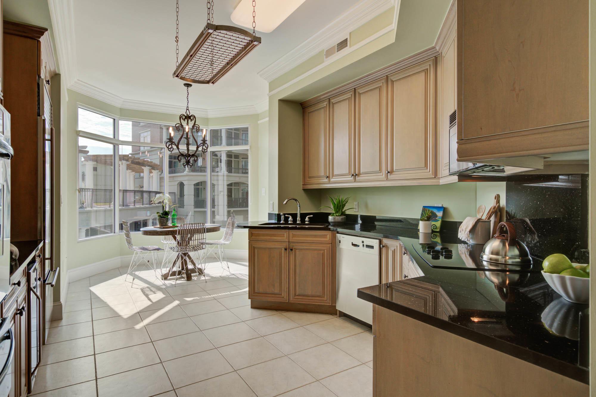 Renaissance On Chas Harbor Homes For Sale - 125 Plaza, Mount Pleasant, SC - 32