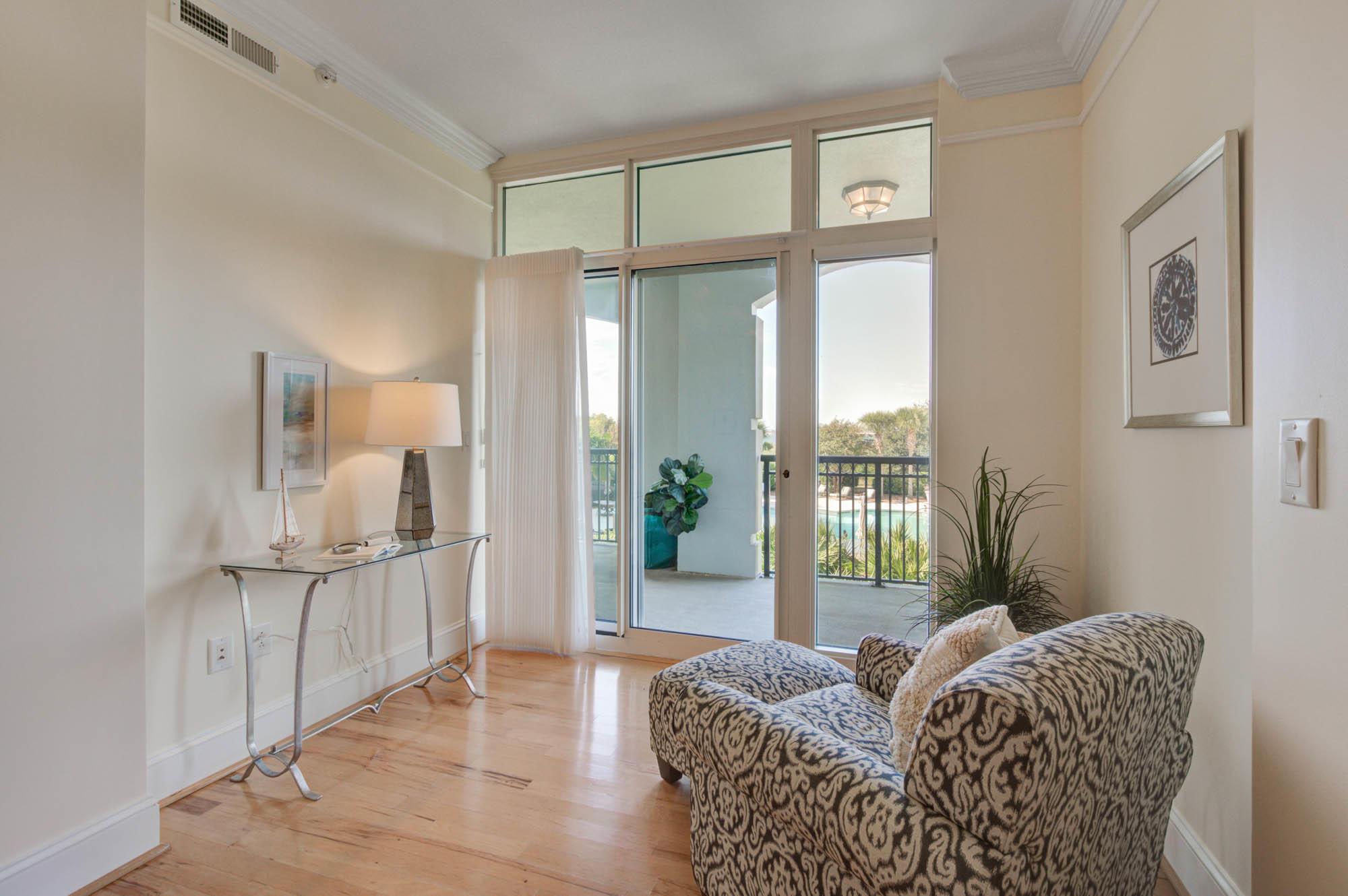 Renaissance On Chas Harbor Homes For Sale - 125 Plaza, Mount Pleasant, SC - 35