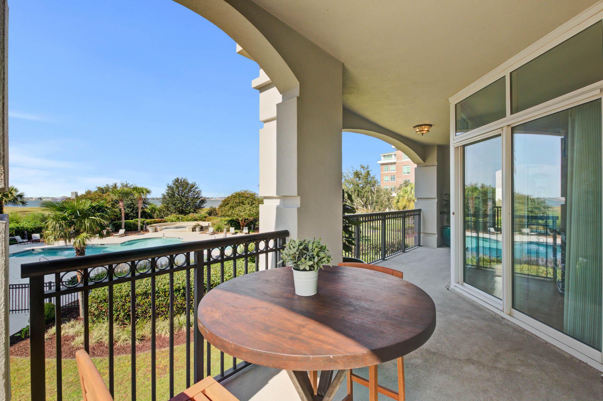 Renaissance On Chas Harbor Homes For Sale - 125 Plaza, Mount Pleasant, SC - 4