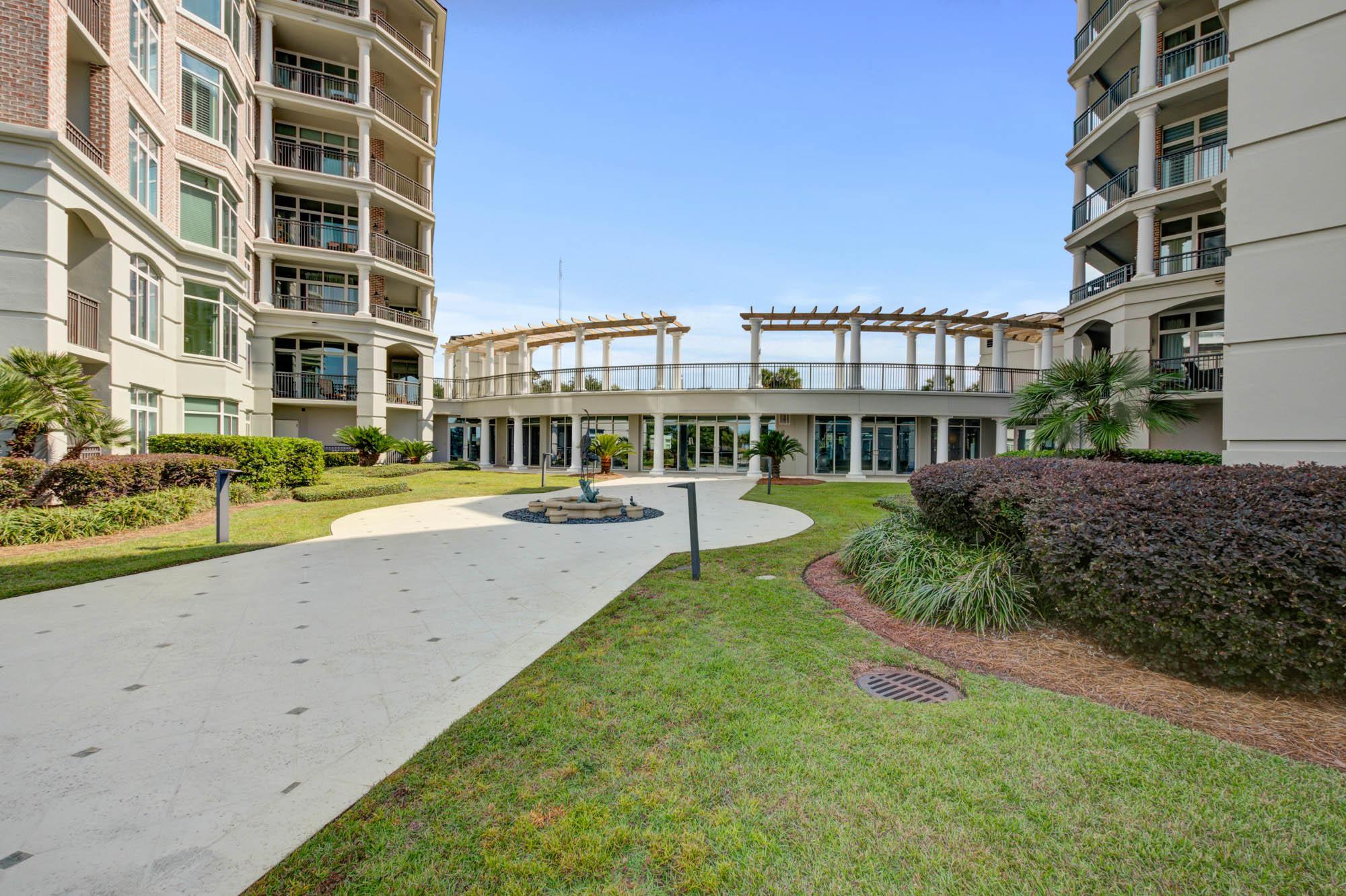 Renaissance On Chas Harbor Homes For Sale - 125 Plaza, Mount Pleasant, SC - 15