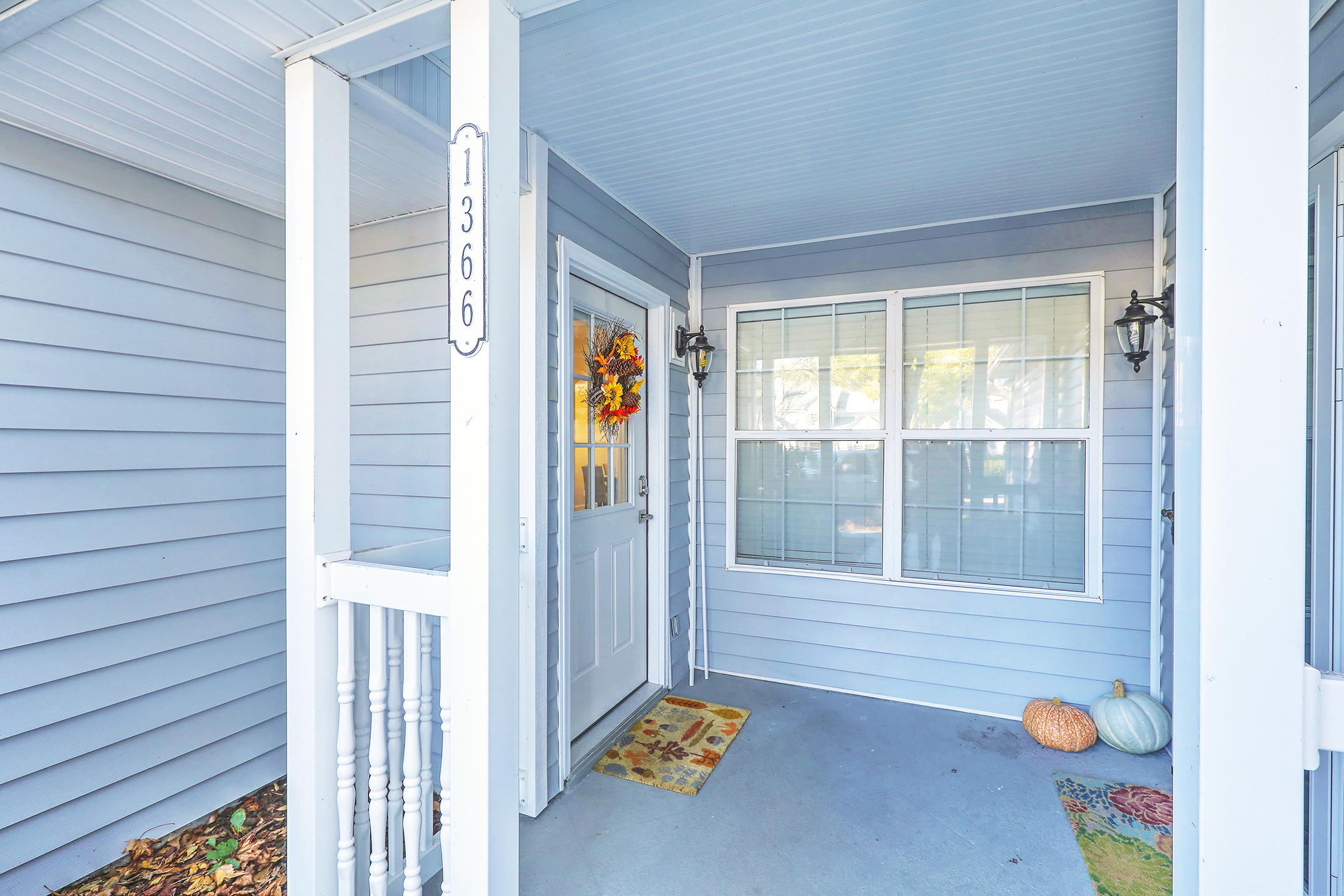 Remington Forest Homes For Sale - 1366 Cassidy, Mount Pleasant, SC - 2