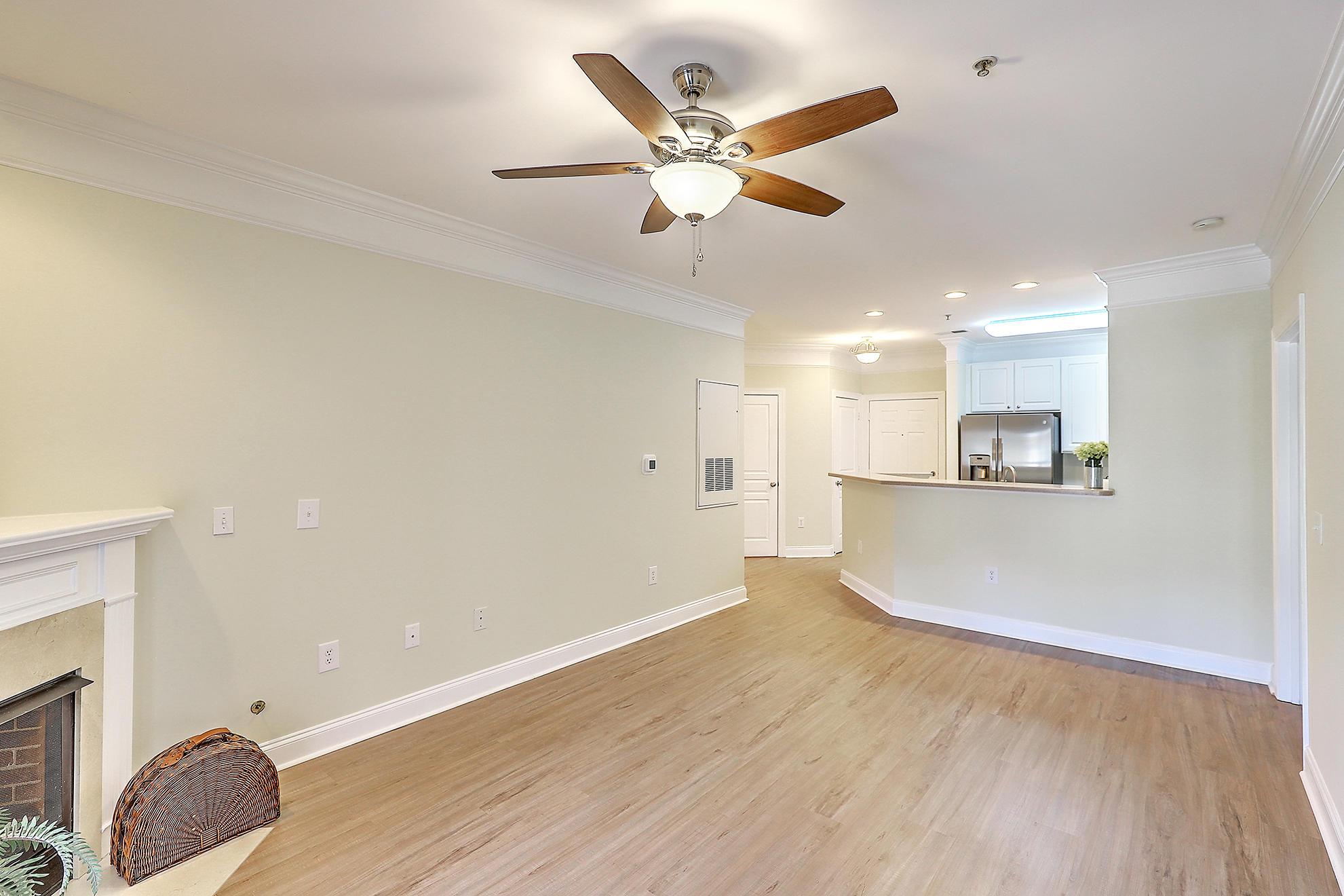 1025 Riverland Woods Place UNIT 524 Charleston, SC 29412