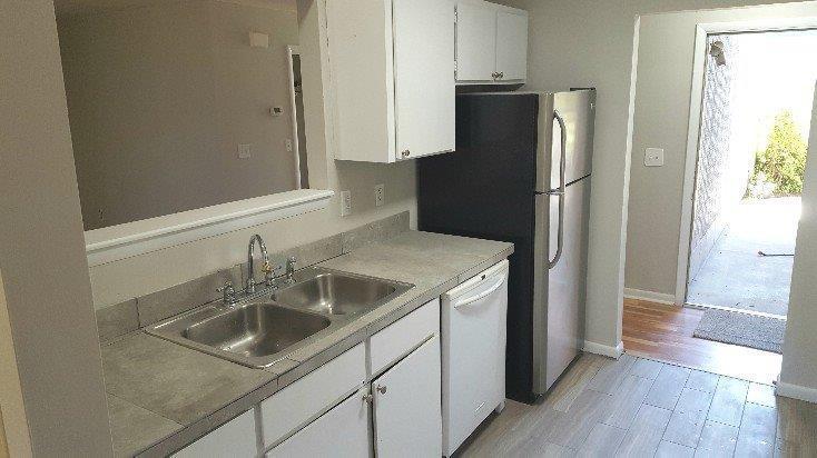 Greenslake Condominiums Homes For Sale - 203 Greenmeadow, Goose Creek, SC - 2