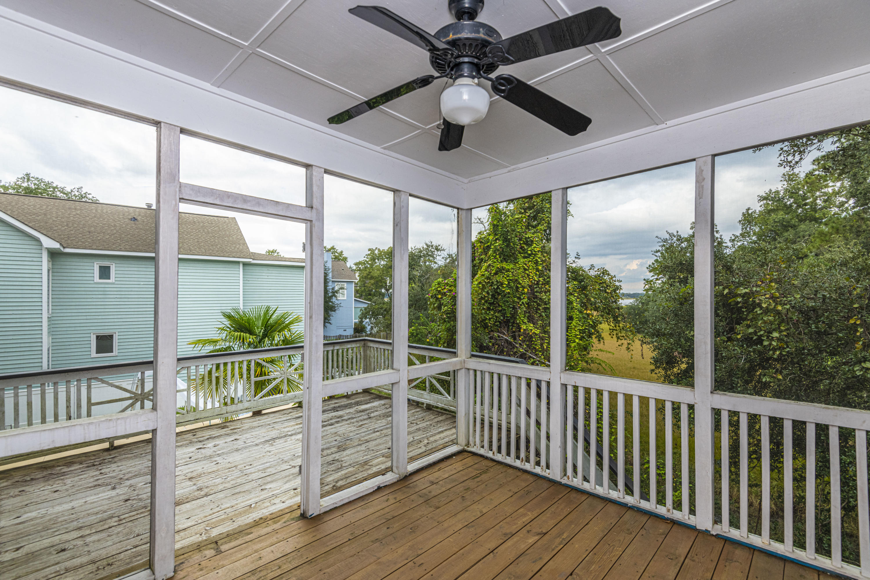 Governors Point Homes For Sale - 2 River Reach, Charleston, SC - 25