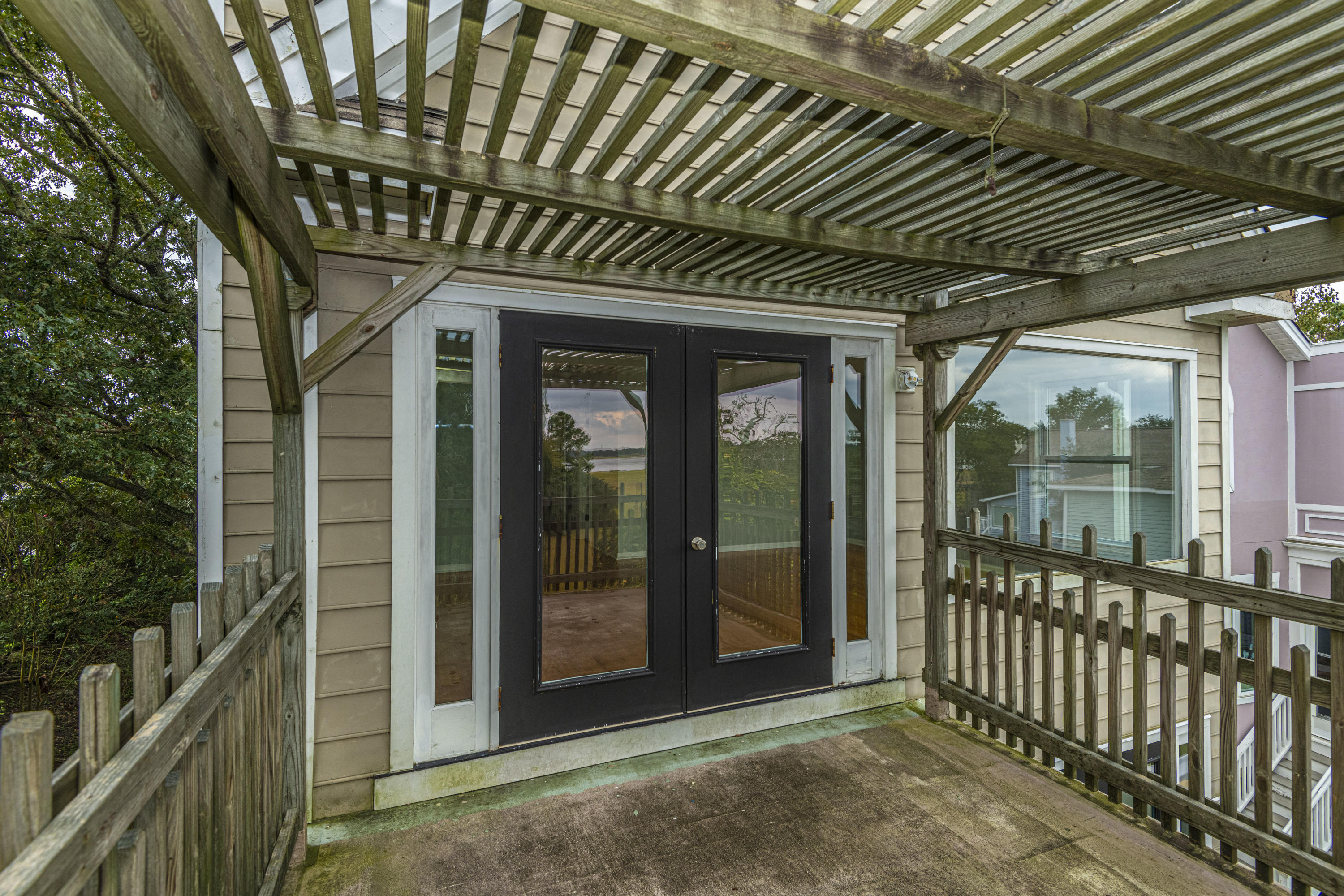 Governors Point Homes For Sale - 2 River Reach, Charleston, SC - 11