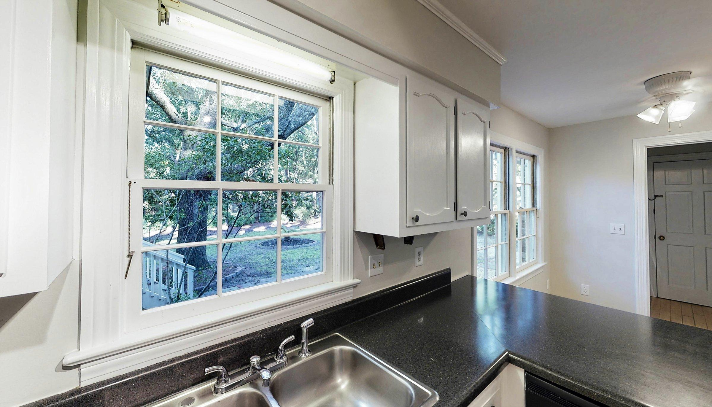 Snee Farm Homes For Sale - 1168 Parkway, Mount Pleasant, SC - 16
