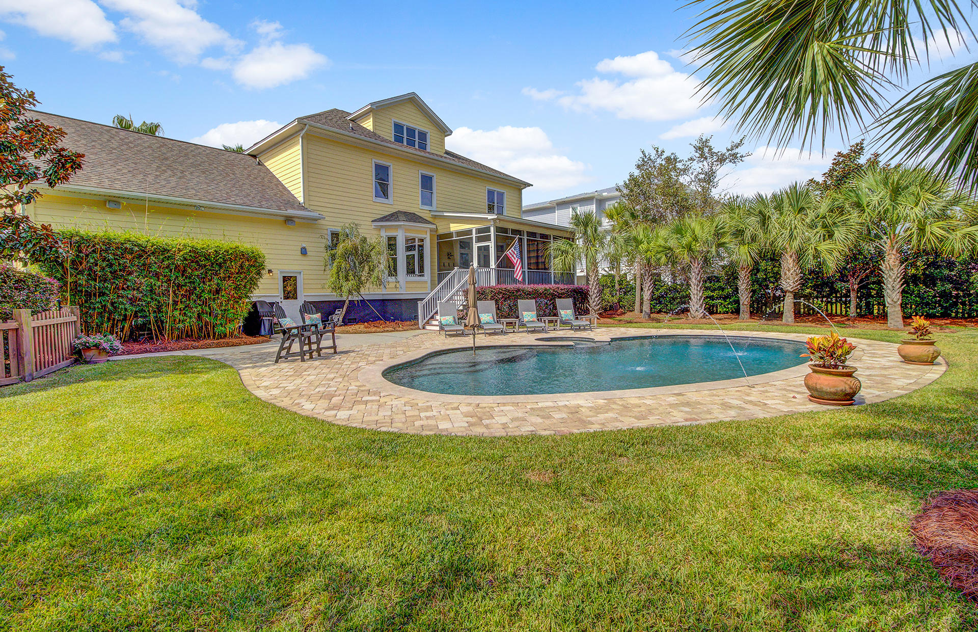 Rivertowne On The Wando Homes For Sale - 2073 Willbrook, Mount Pleasant, SC - 11