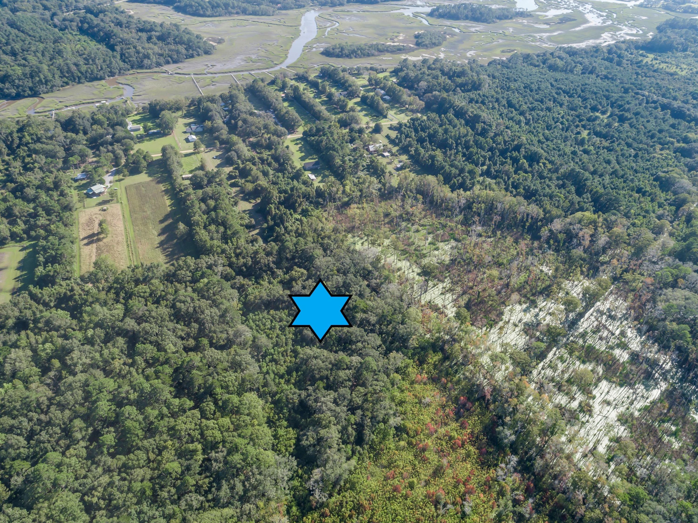 0000 Bentz Road Wadmalaw Island, SC 29487