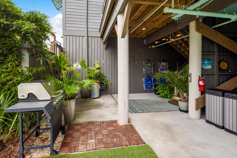 Homes For Sale - 87 Center, Folly Beach, SC - 69