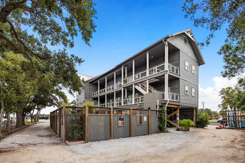 Homes For Sale - 87 Center, Folly Beach, SC - 88