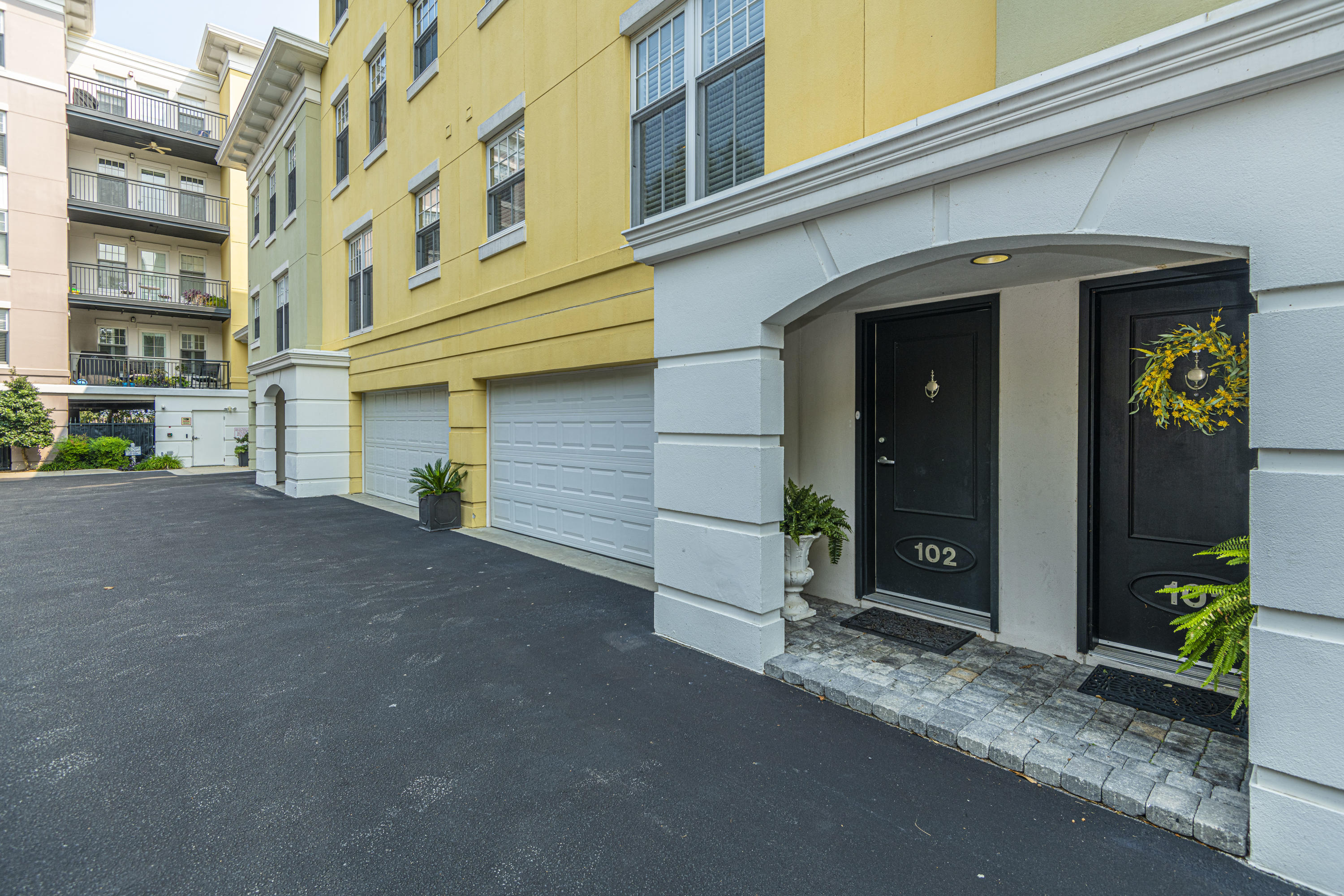 498 Albemarle Road UNIT #102 Charleston, SC 29407