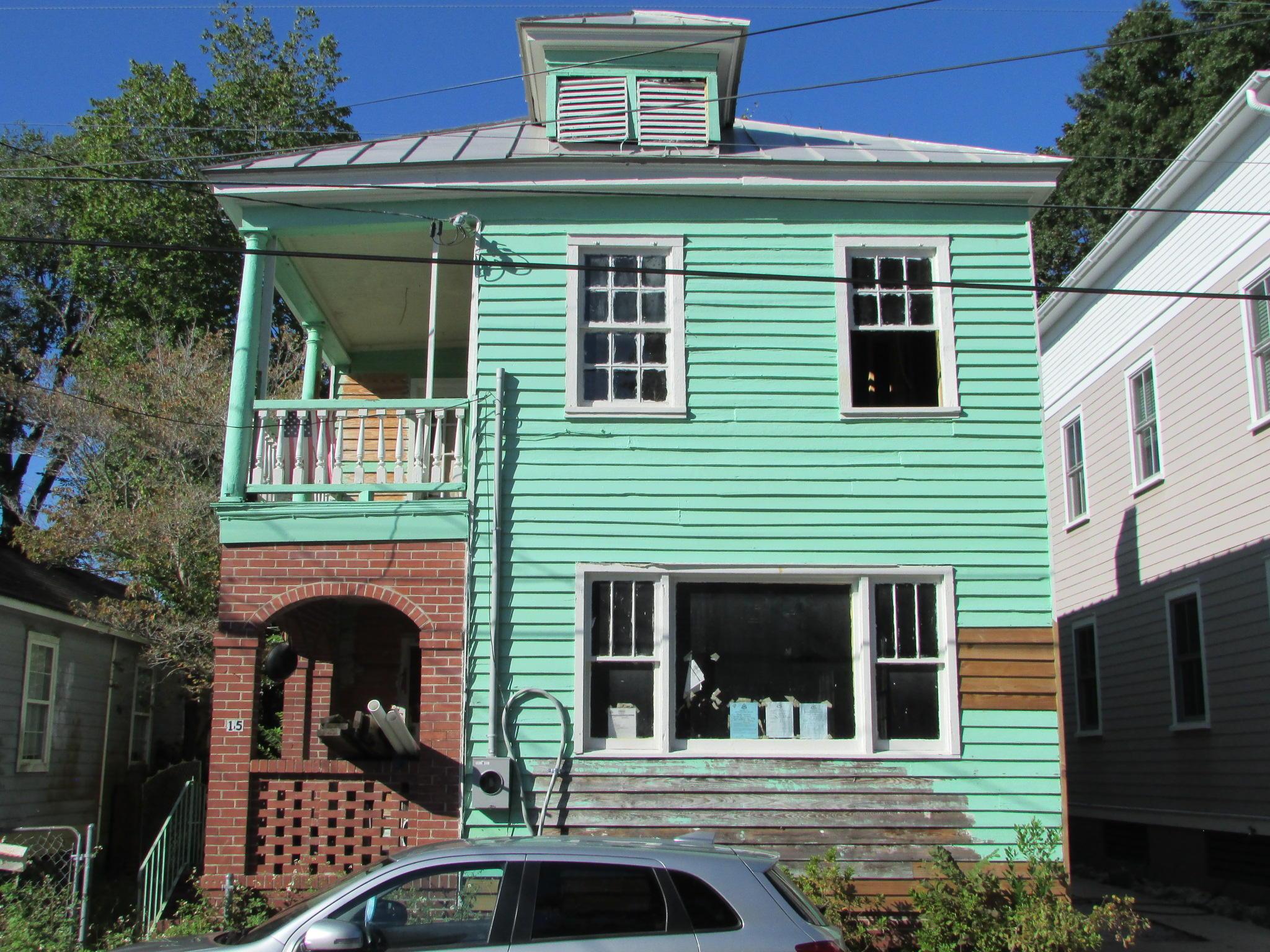 15 Dewey Street Charleston, SC 29403