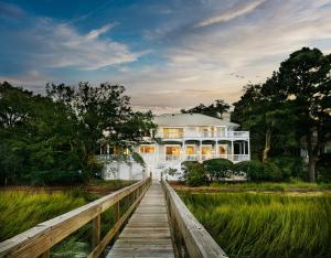 32 Rhetts Bluff Road, Kiawah Island, SC 29455