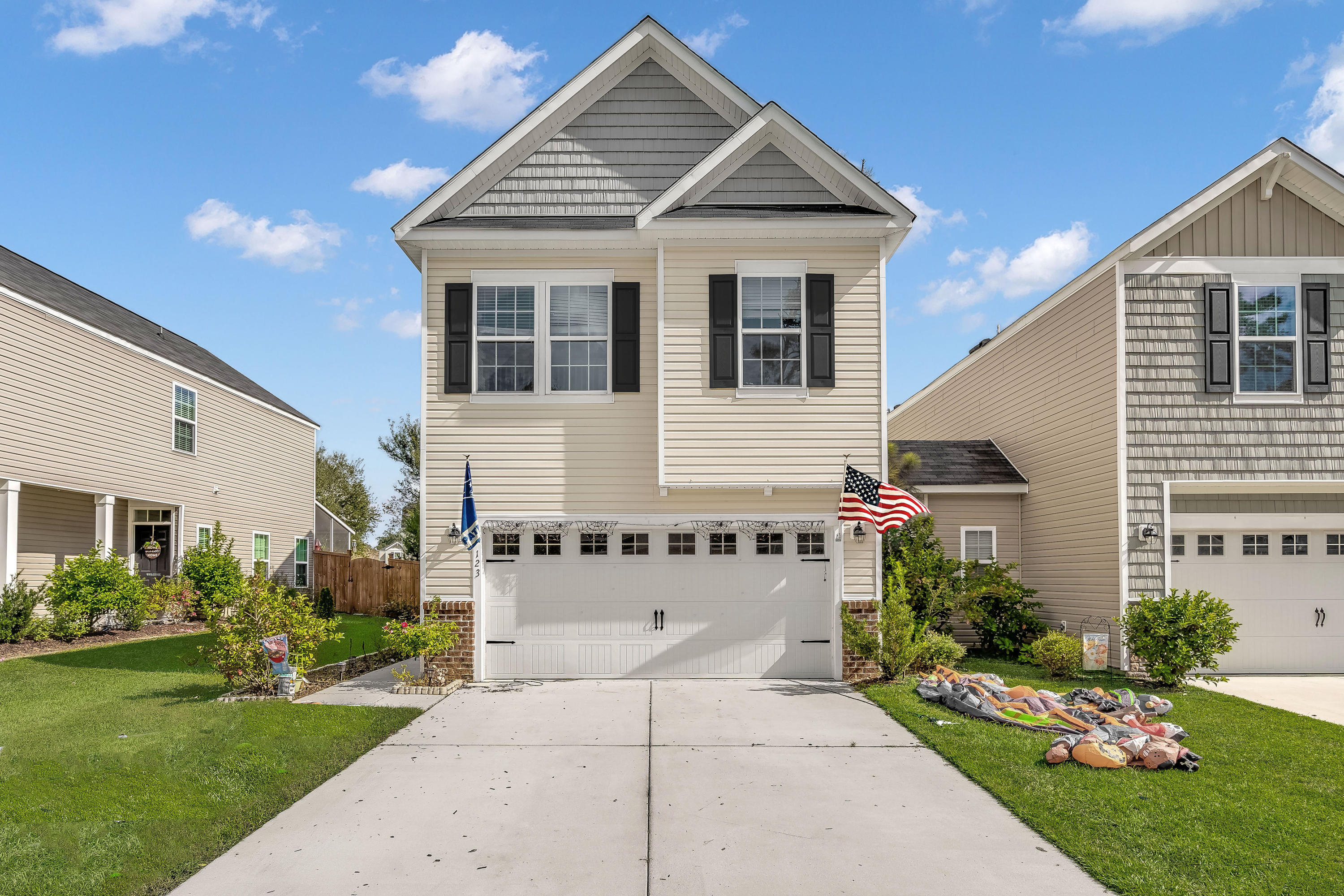 123 Dream Street Summerville, SC 29483