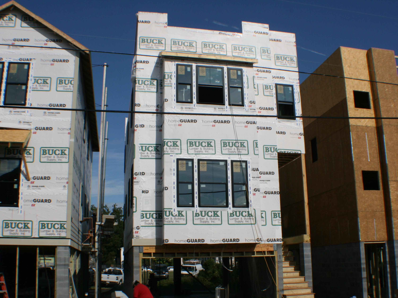 94 Cooper Street Charleston, SC 29403