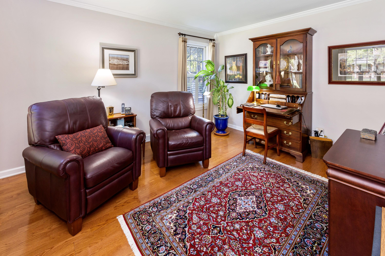 Snee Farm Homes For Sale - 998 Colonial, Mount Pleasant, SC - 14