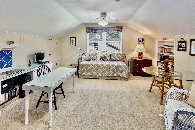 Snee Farm Homes For Sale - 998 Colonial, Mount Pleasant, SC - 20