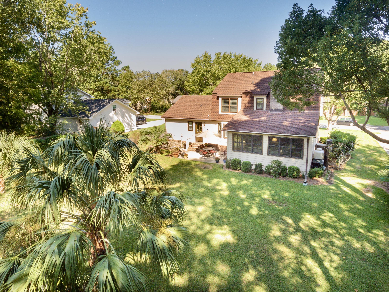 Snee Farm Homes For Sale - 998 Colonial, Mount Pleasant, SC - 24