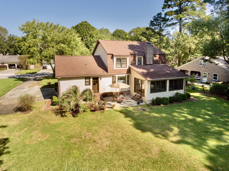 Snee Farm Homes For Sale - 998 Colonial, Mount Pleasant, SC - 25