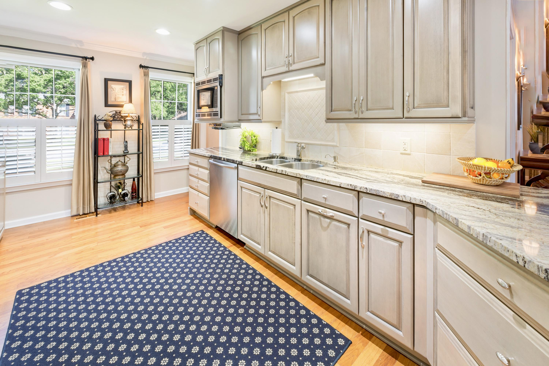 Snee Farm Homes For Sale - 998 Colonial, Mount Pleasant, SC - 5