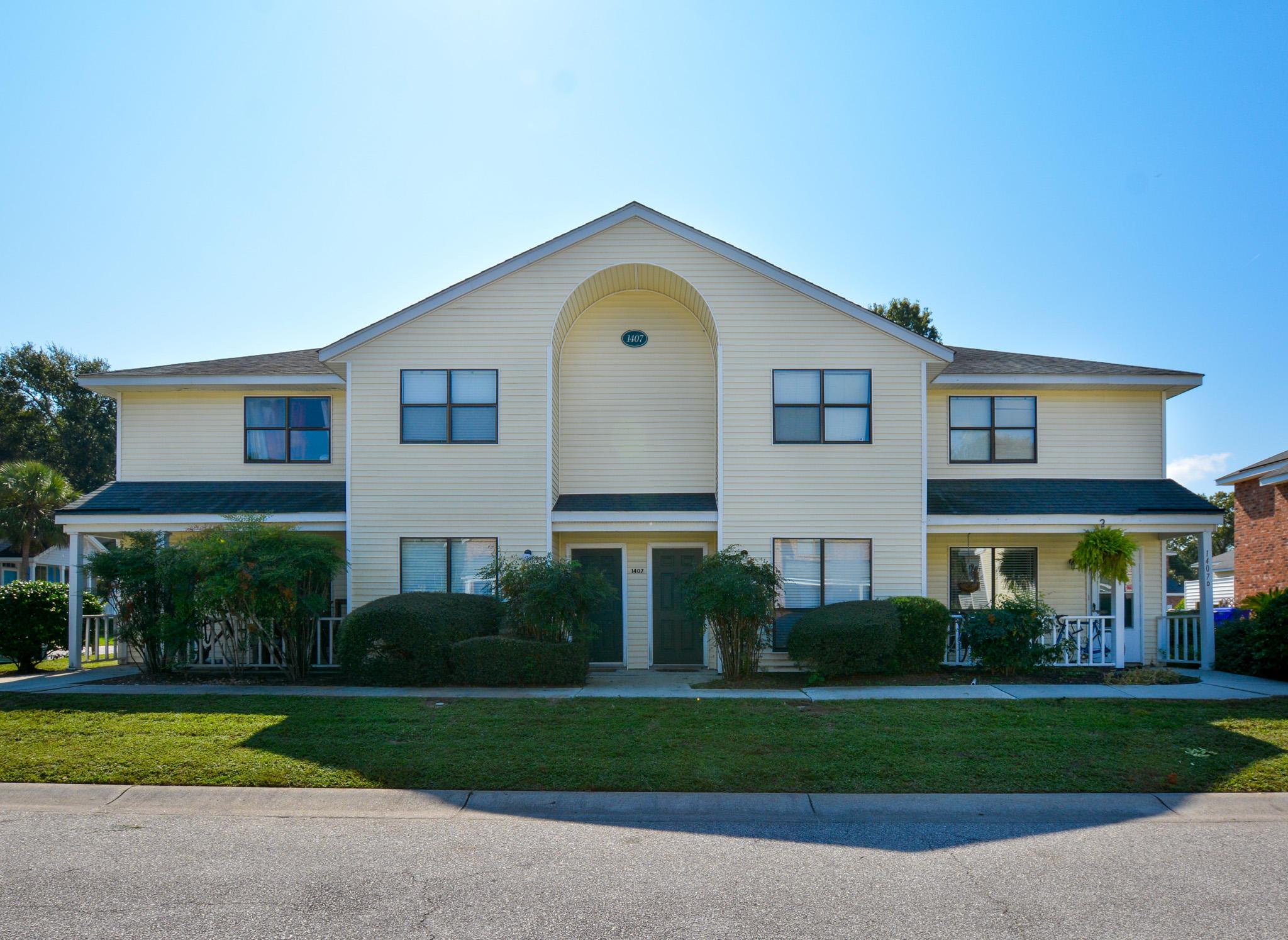 1407 Dove Run Drive UNIT B Charleston, SC 29412