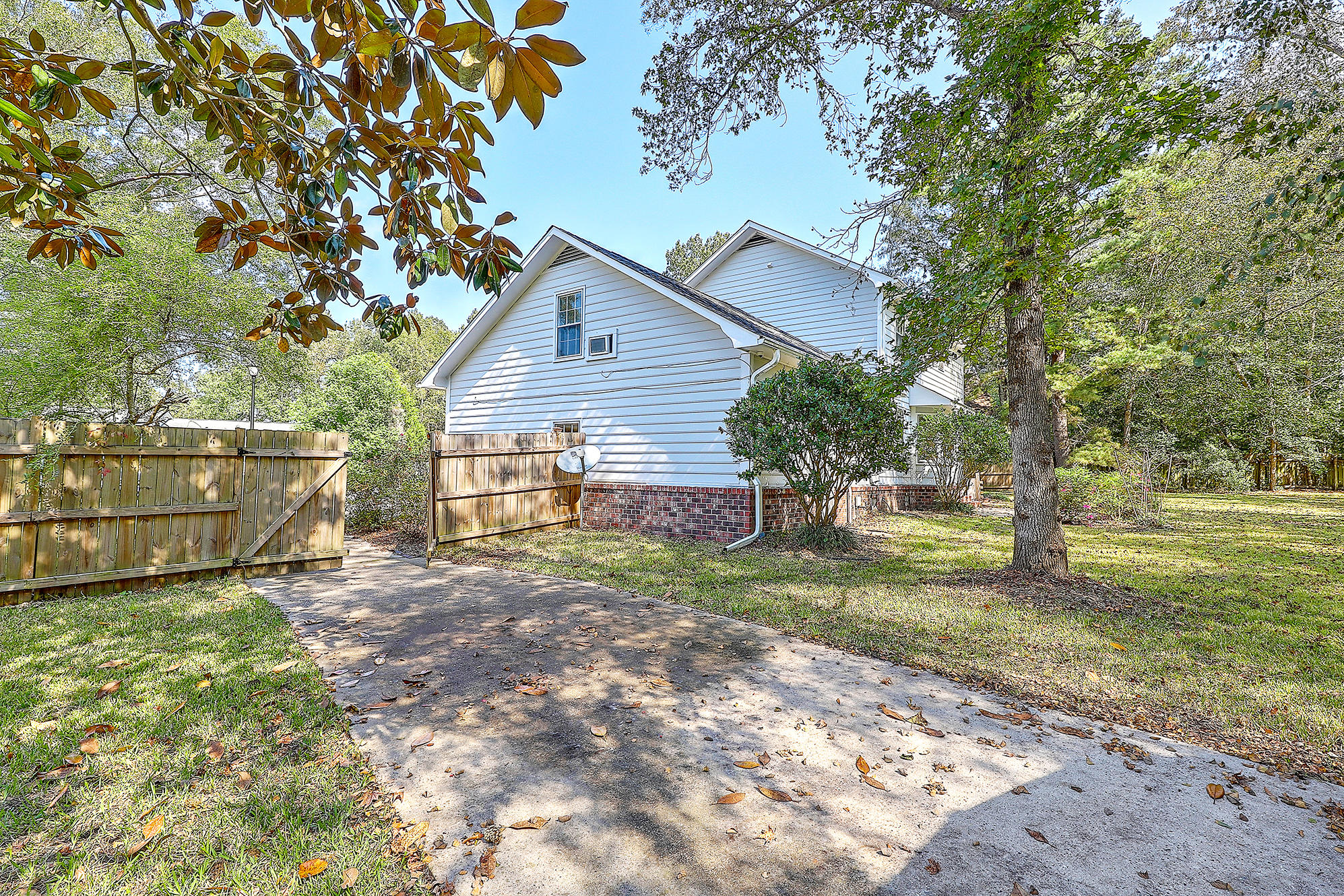 114 Mulberry Hill Summerville, SC 29485