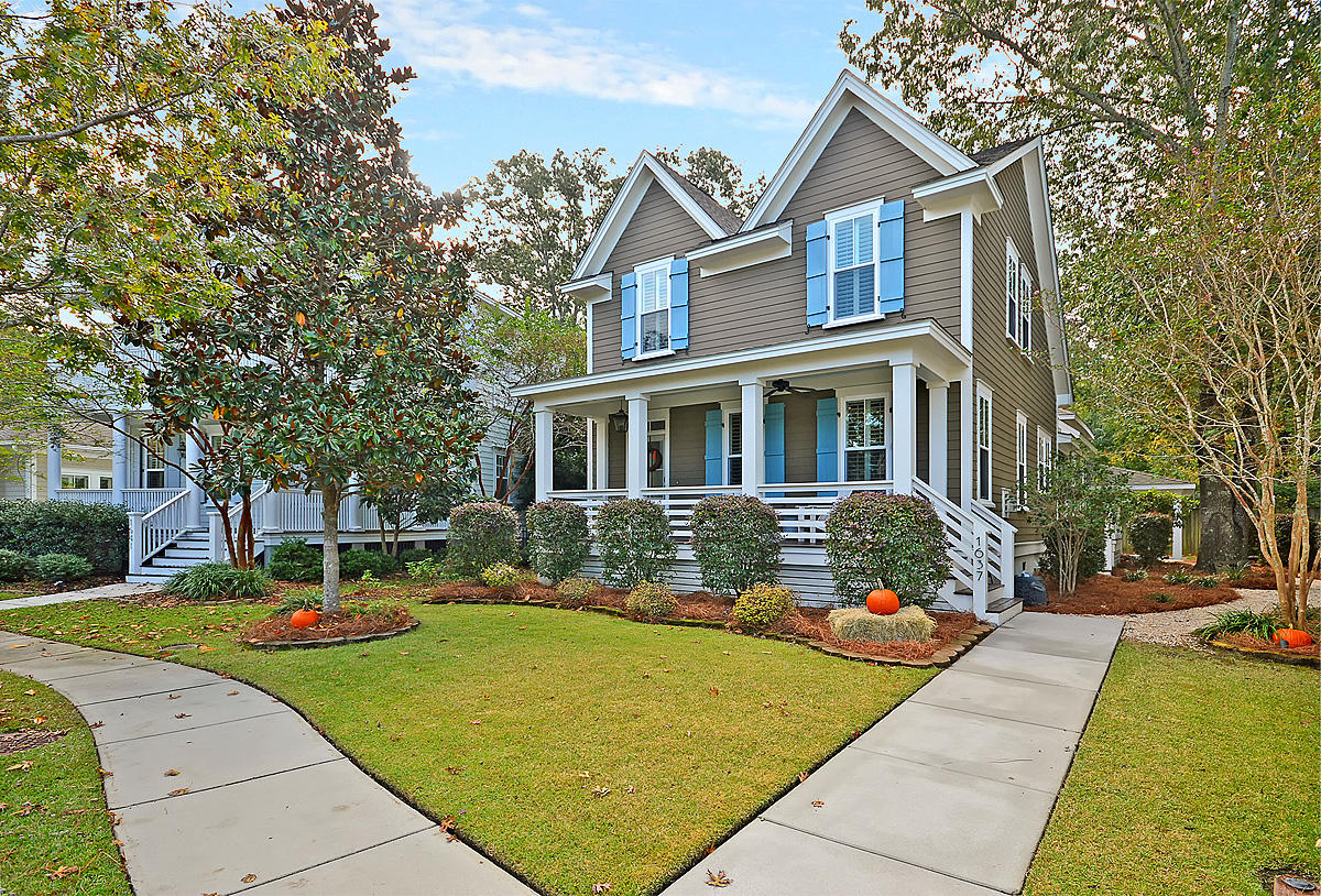 1637 Ware Bottom Lane Mount Pleasant, SC 29464