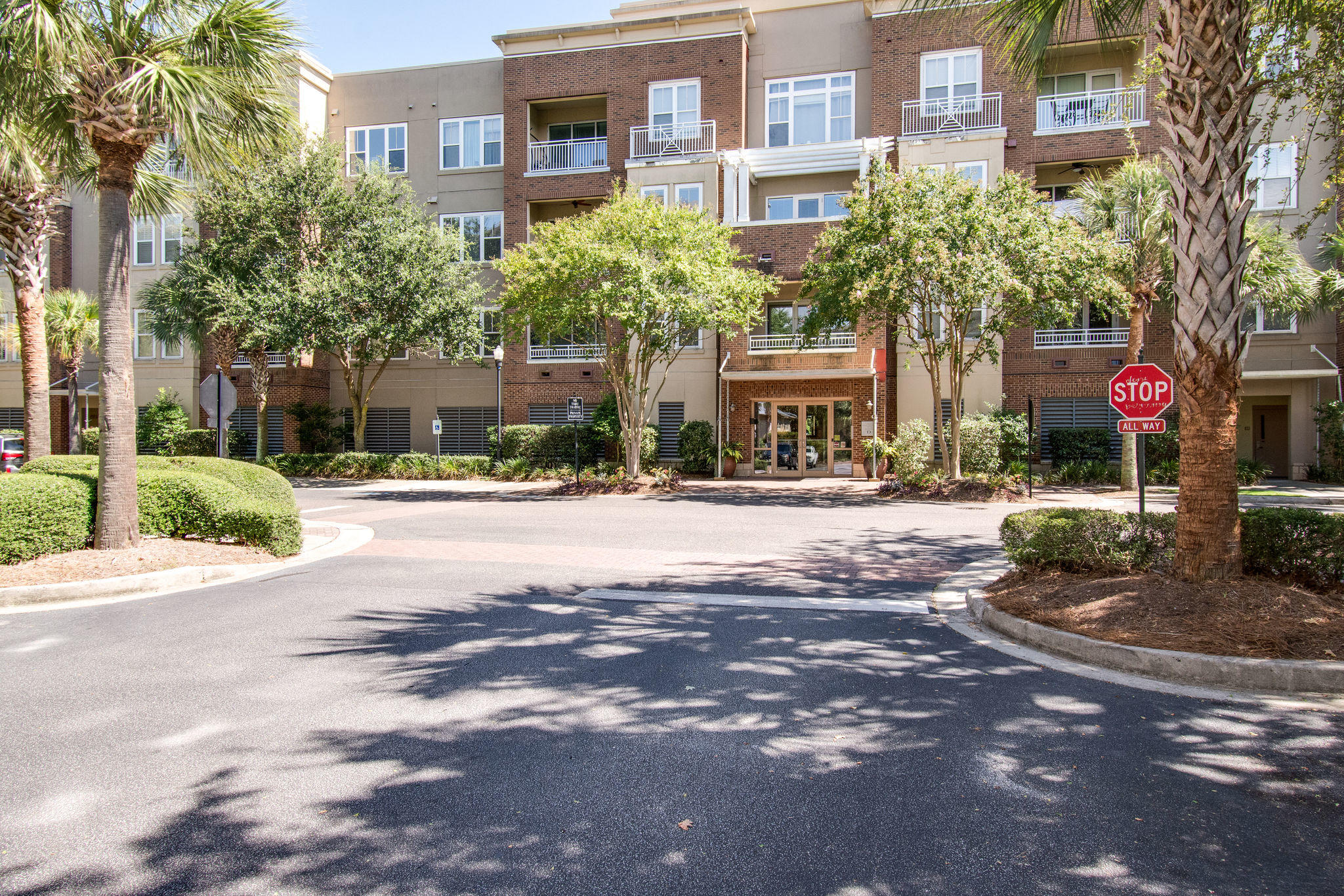 200 River Landing Drive UNIT 308d Charleston, SC 29492