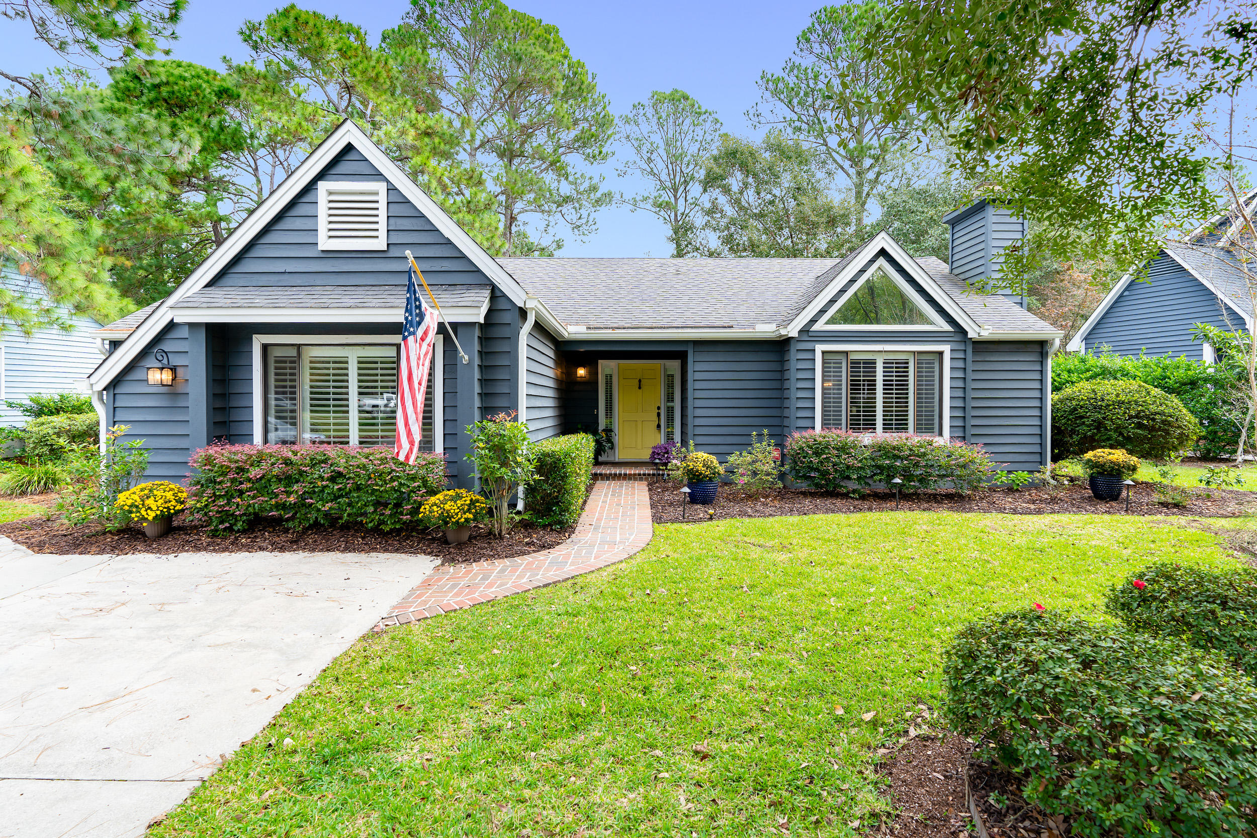 Snee Farm Homes For Sale - 1195 Ambling, Mount Pleasant, SC - 24