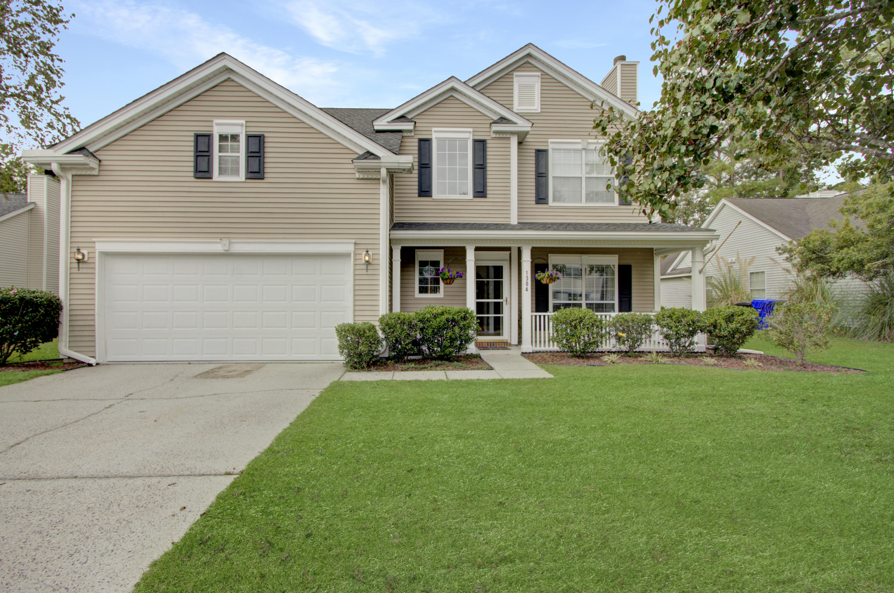 1304 Sassafrass Circle Mount Pleasant, SC 29466