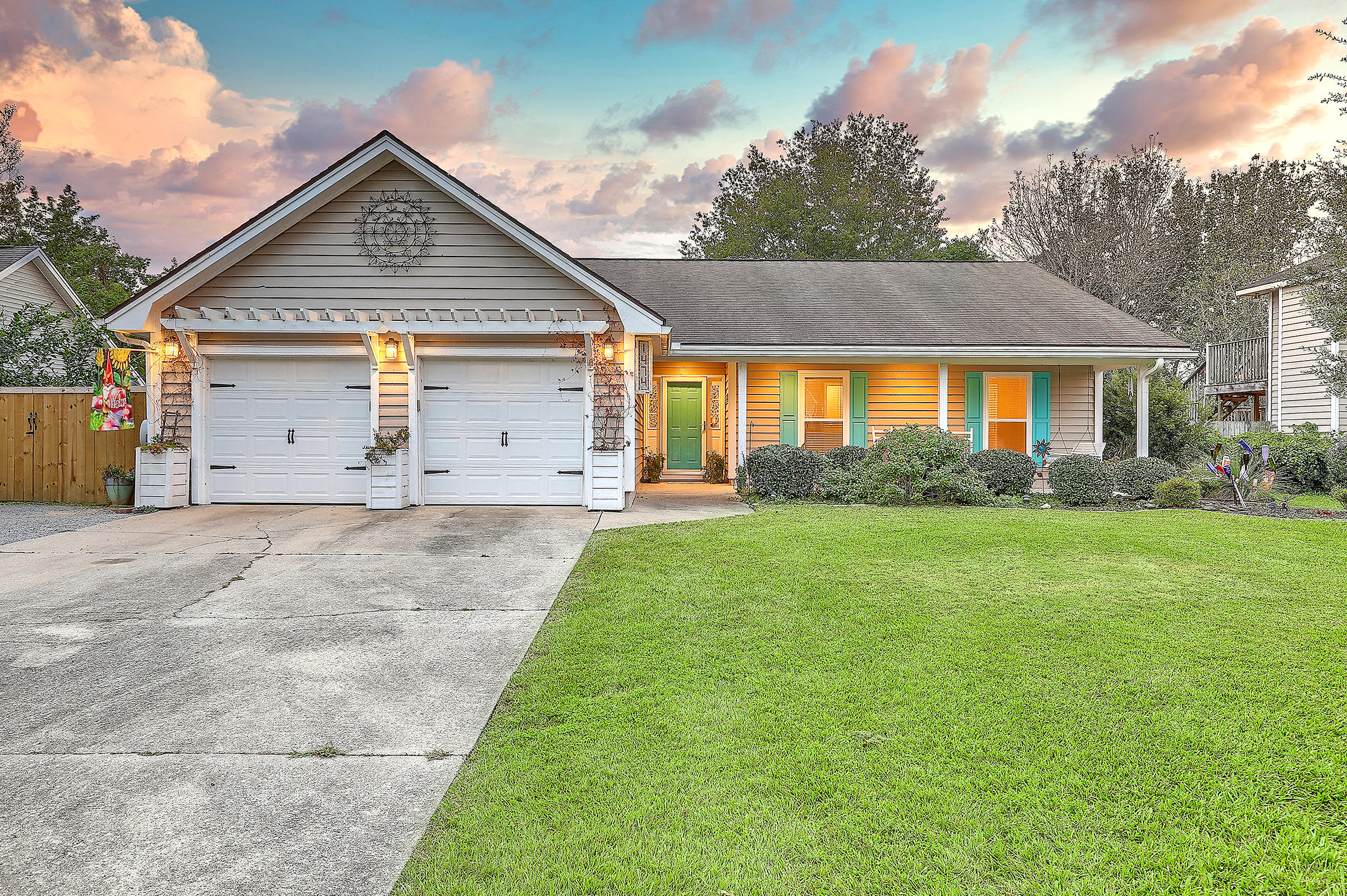1474 Hidden Bridge Drive Mount Pleasant, Sc 29464