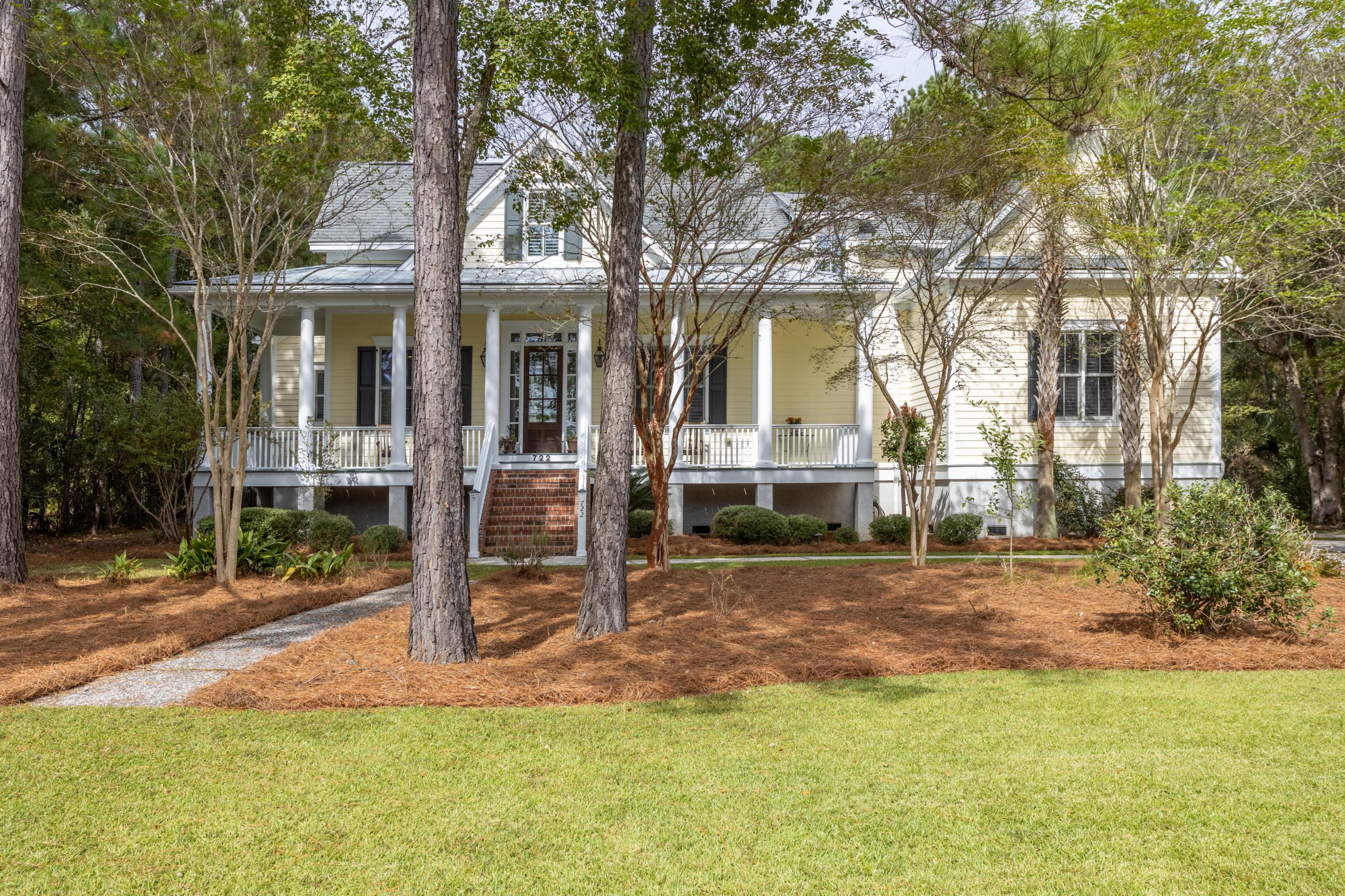 722 Bounty Square Drive Charleston, SC 29492