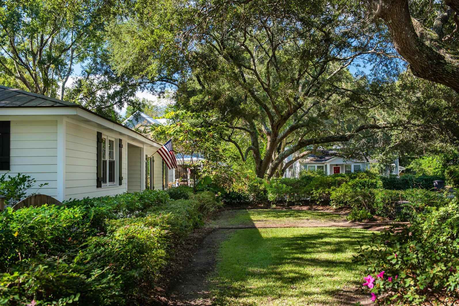 Old Mt Pleasant Homes For Sale - 1344 Fairmont, Mount Pleasant, SC - 3