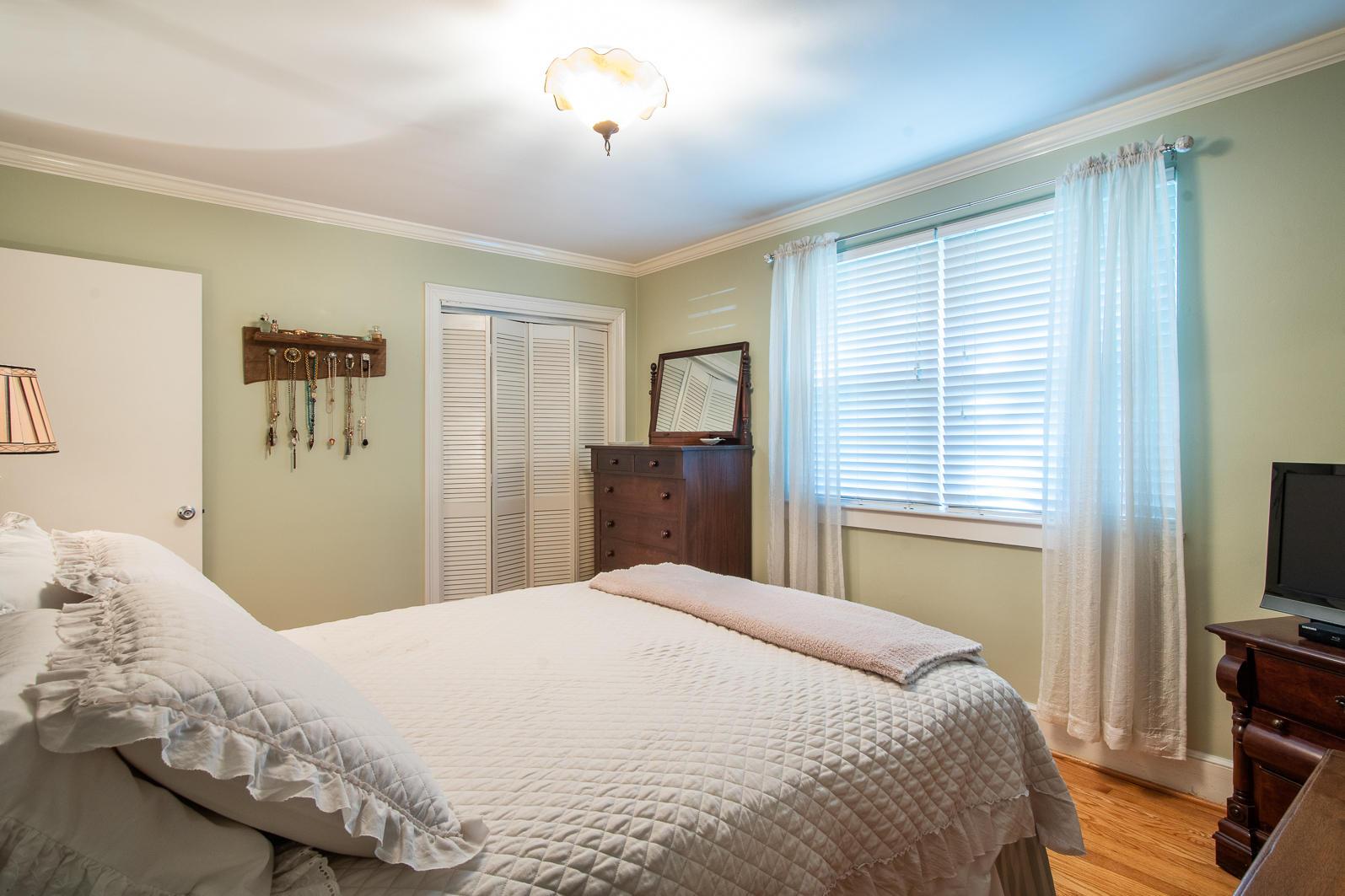 Old Mt Pleasant Homes For Sale - 1344 Fairmont, Mount Pleasant, SC - 33