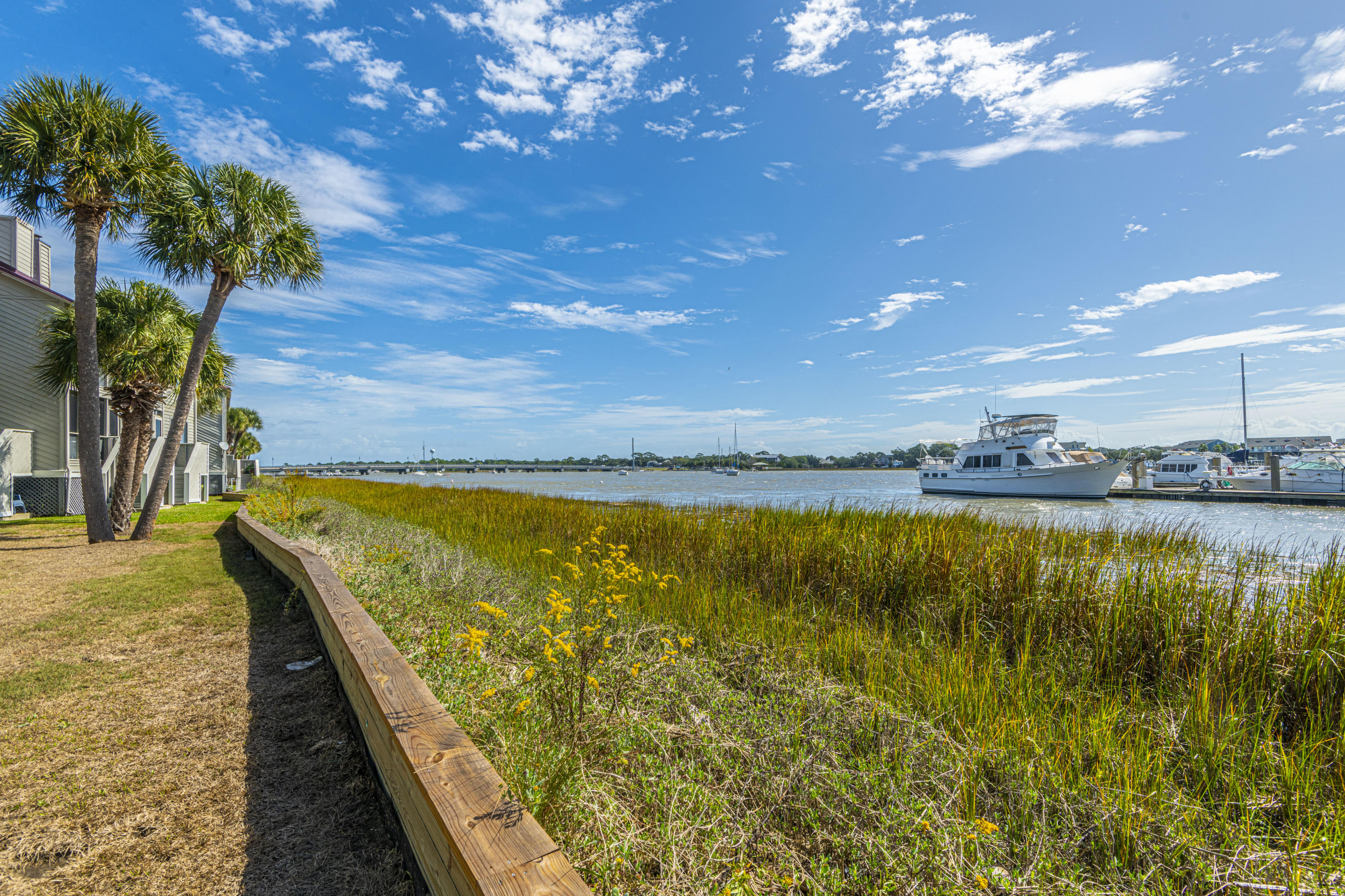 Mariners Cay Homes For Sale - 60 Mariners Cay, Folly Beach, SC - 29