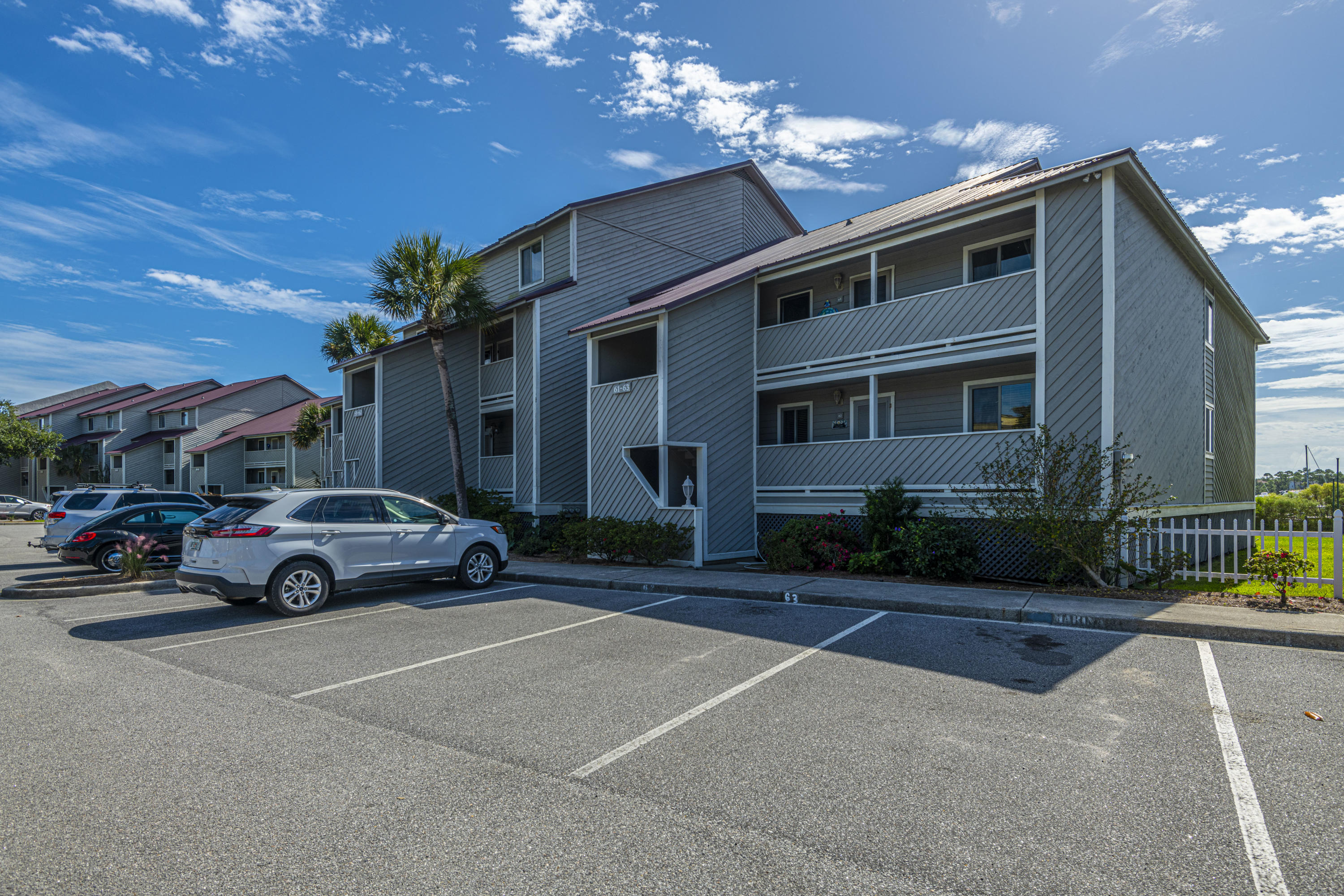 Mariners Cay Homes For Sale - 60 Mariners Cay, Folly Beach, SC - 45