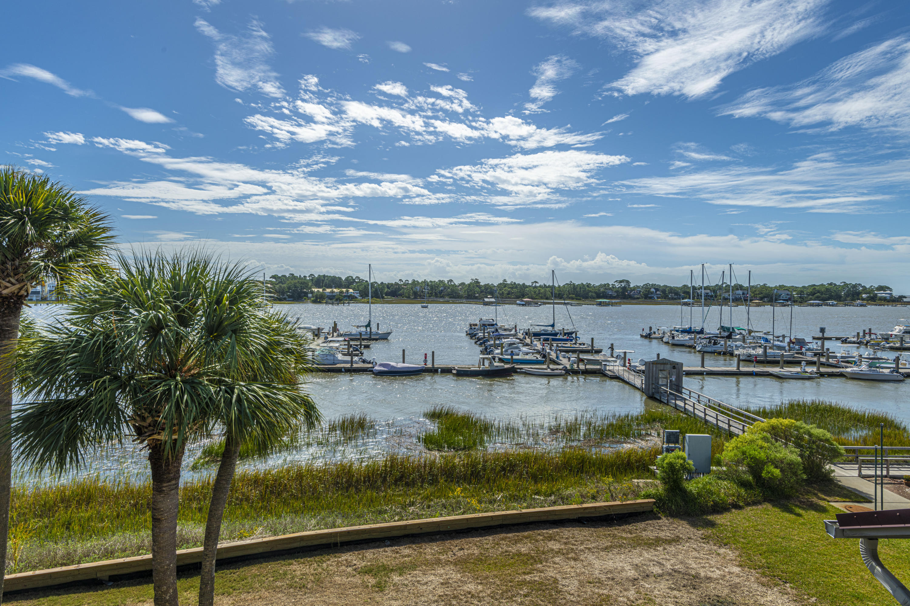 Mariners Cay Homes For Sale - 60 Mariners Cay, Folly Beach, SC - 32