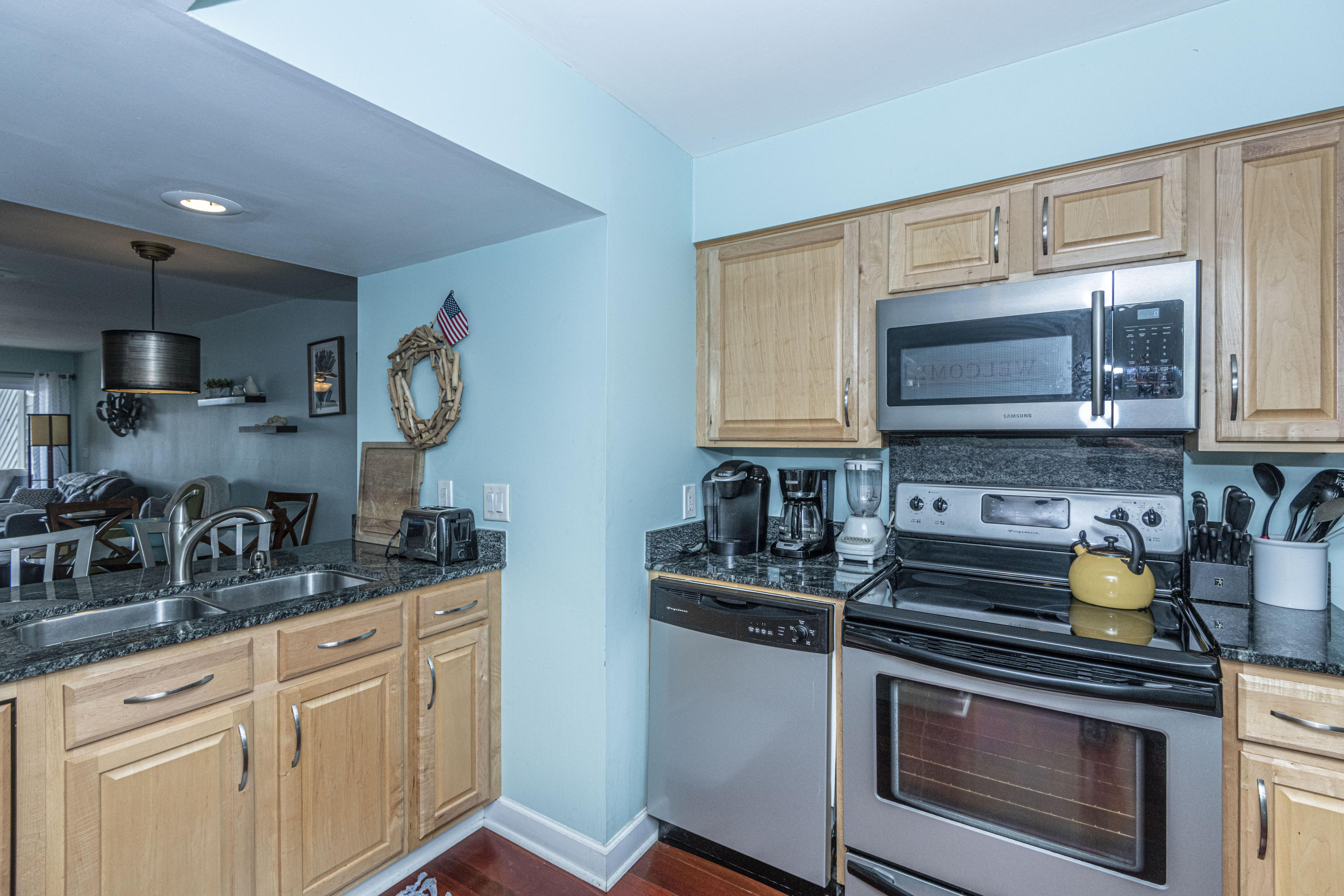 Mariners Cay Homes For Sale - 60 Mariners Cay, Folly Beach, SC - 2