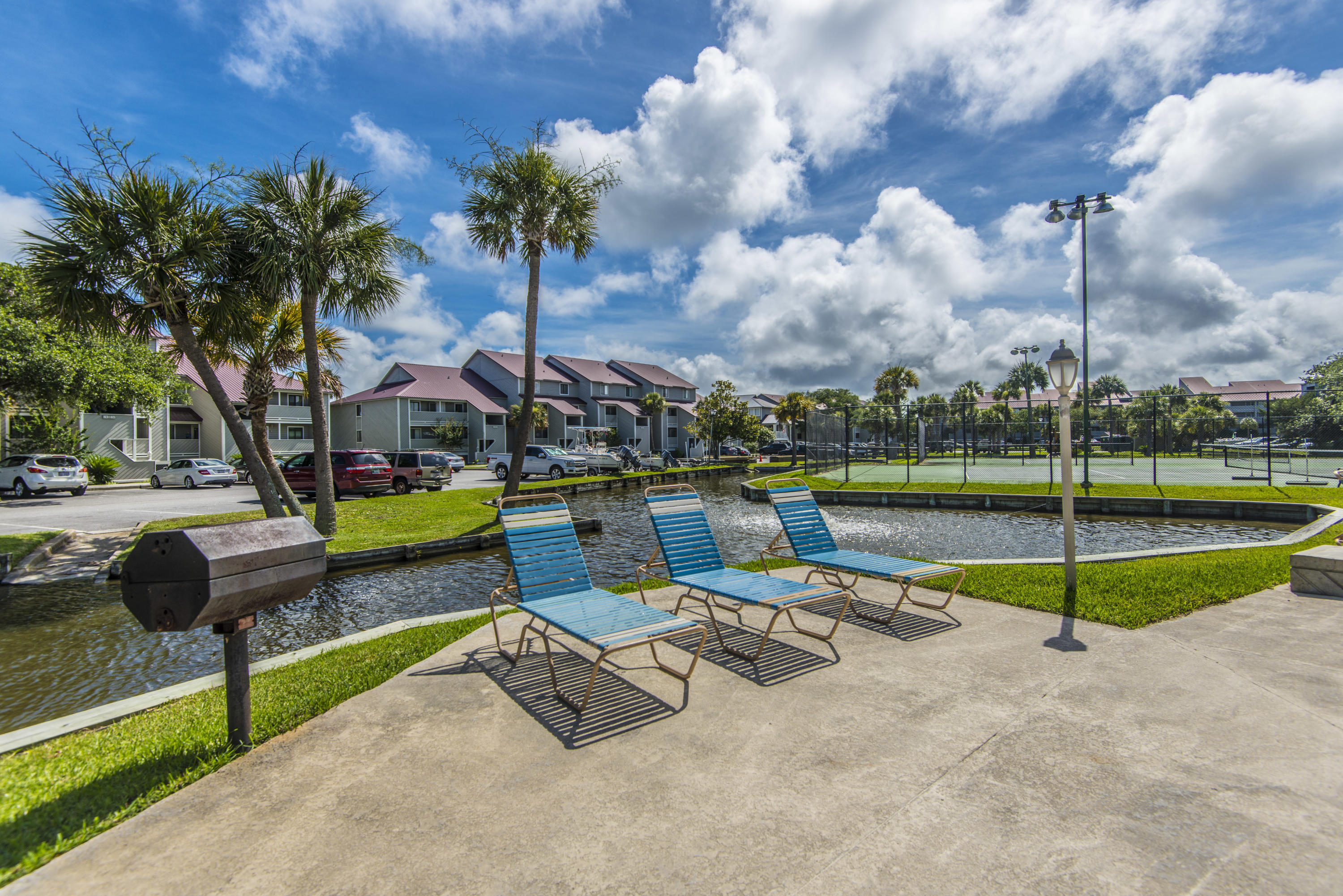 Mariners Cay Homes For Sale - 60 Mariners Cay, Folly Beach, SC - 44