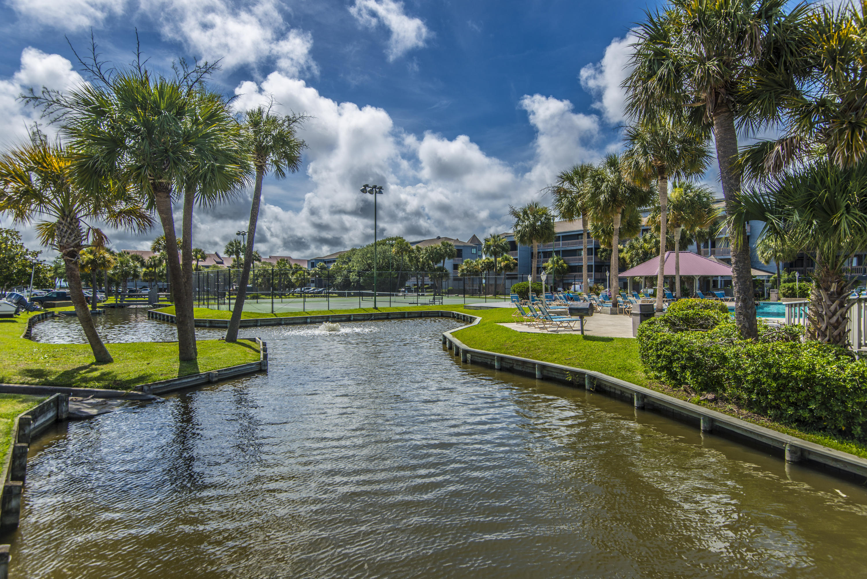 Mariners Cay Homes For Sale - 60 Mariners Cay, Folly Beach, SC - 42