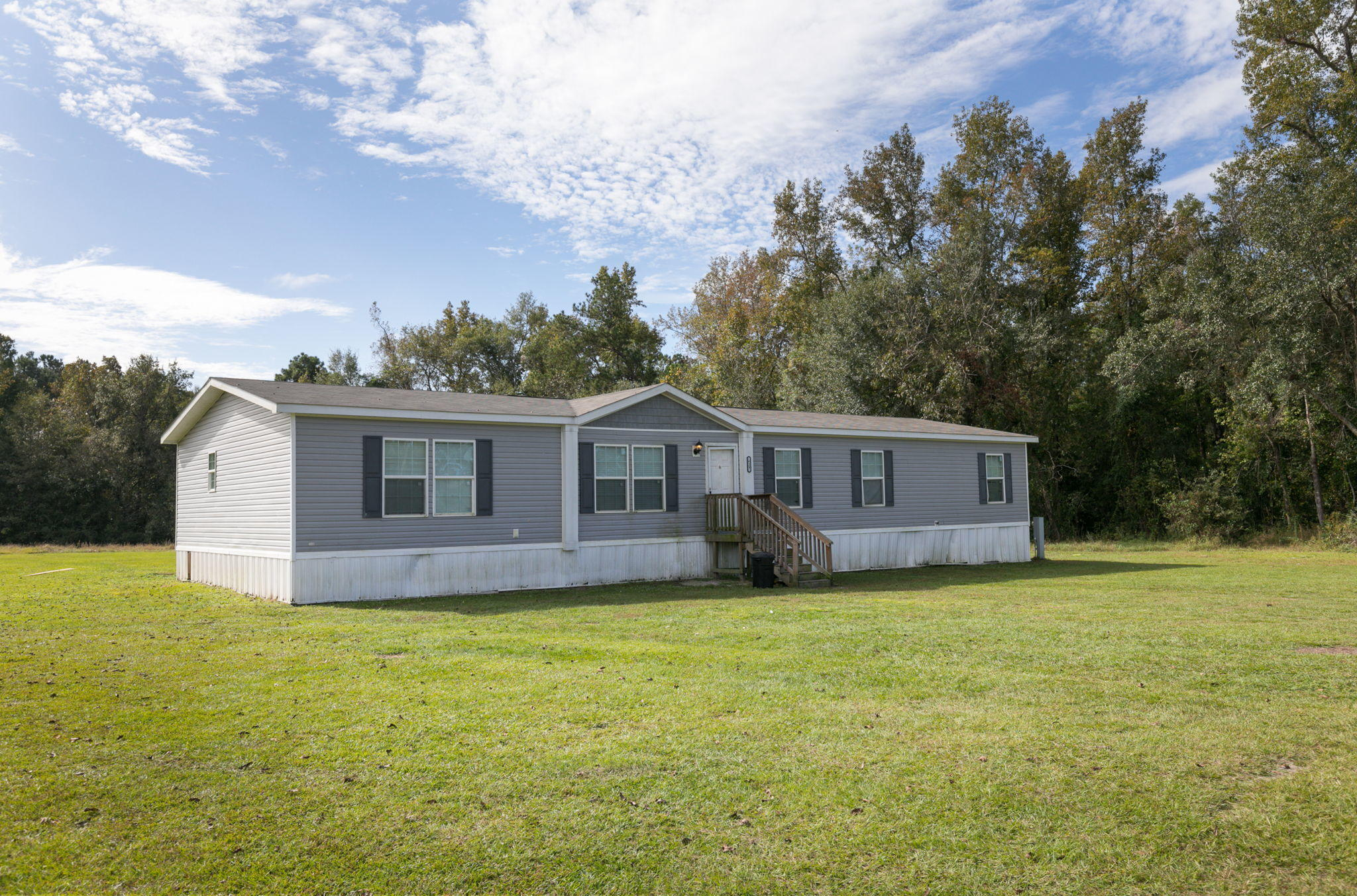 629 Catamount Road Holly Hill, SC 29059