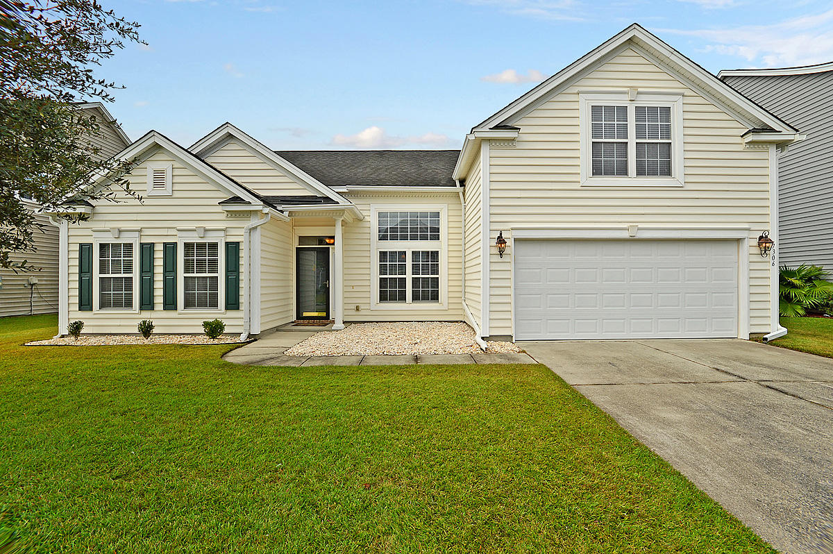 7306 Brown Thrasher Court Hanahan, SC 29410