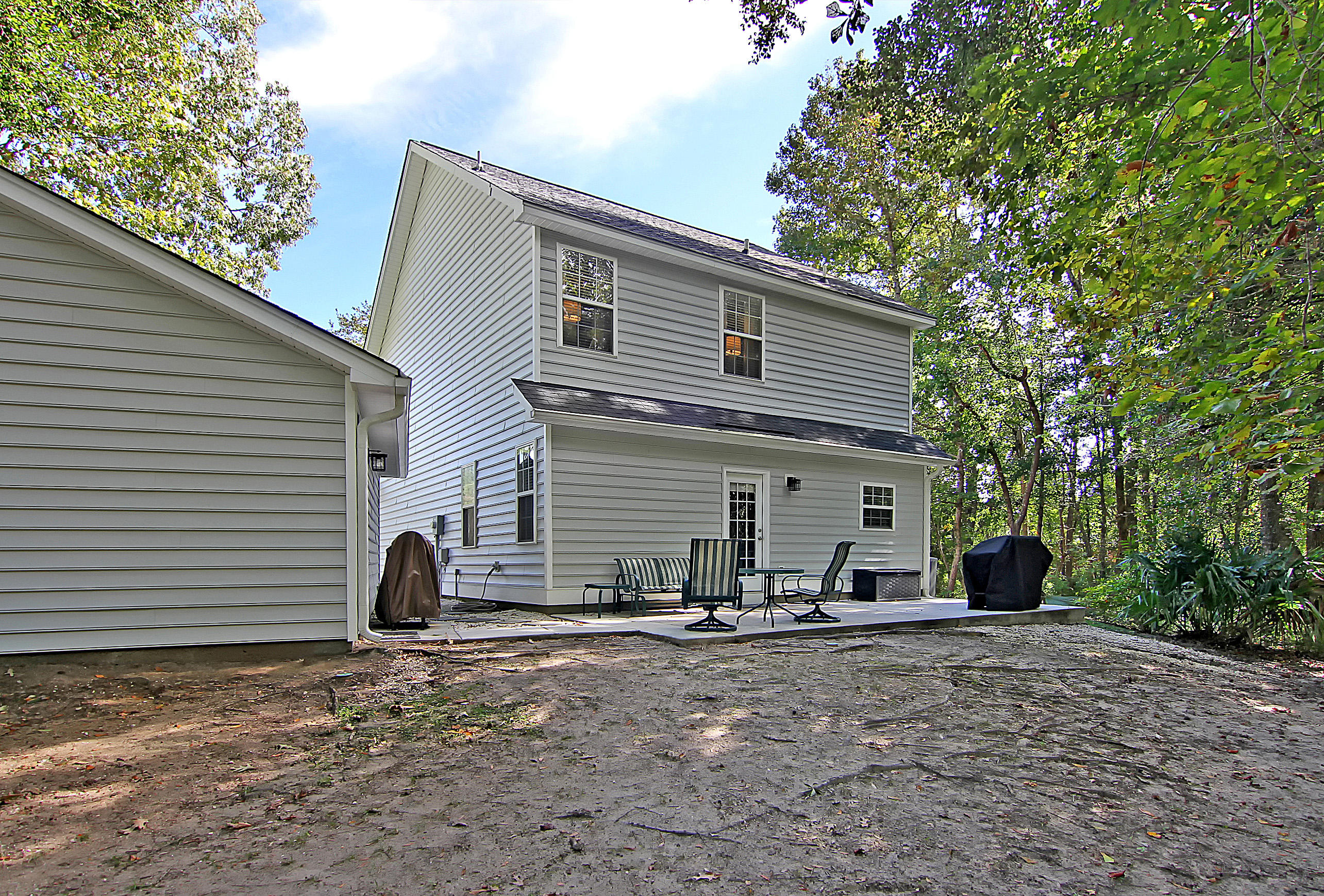Laurel Grove Homes For Sale - 1423 Whispering Oak, Mount Pleasant, SC - 2