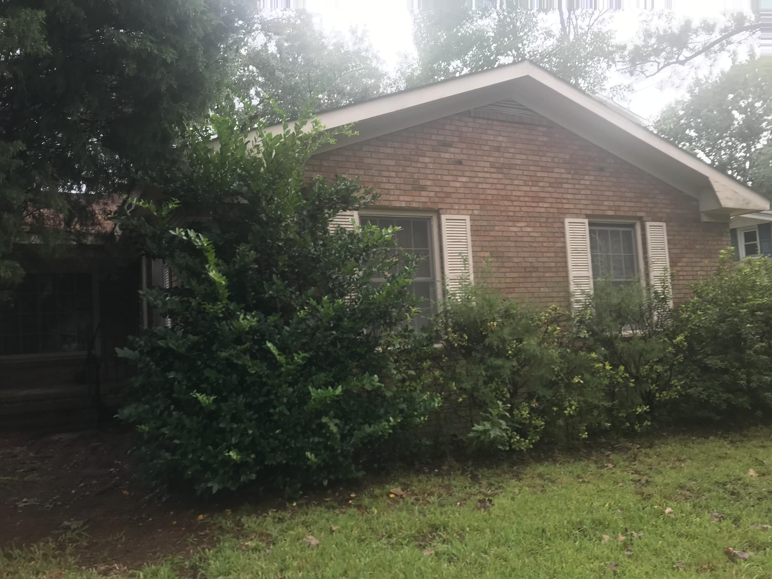 2 Ravenna Avenue North Charleston, Sc 29410