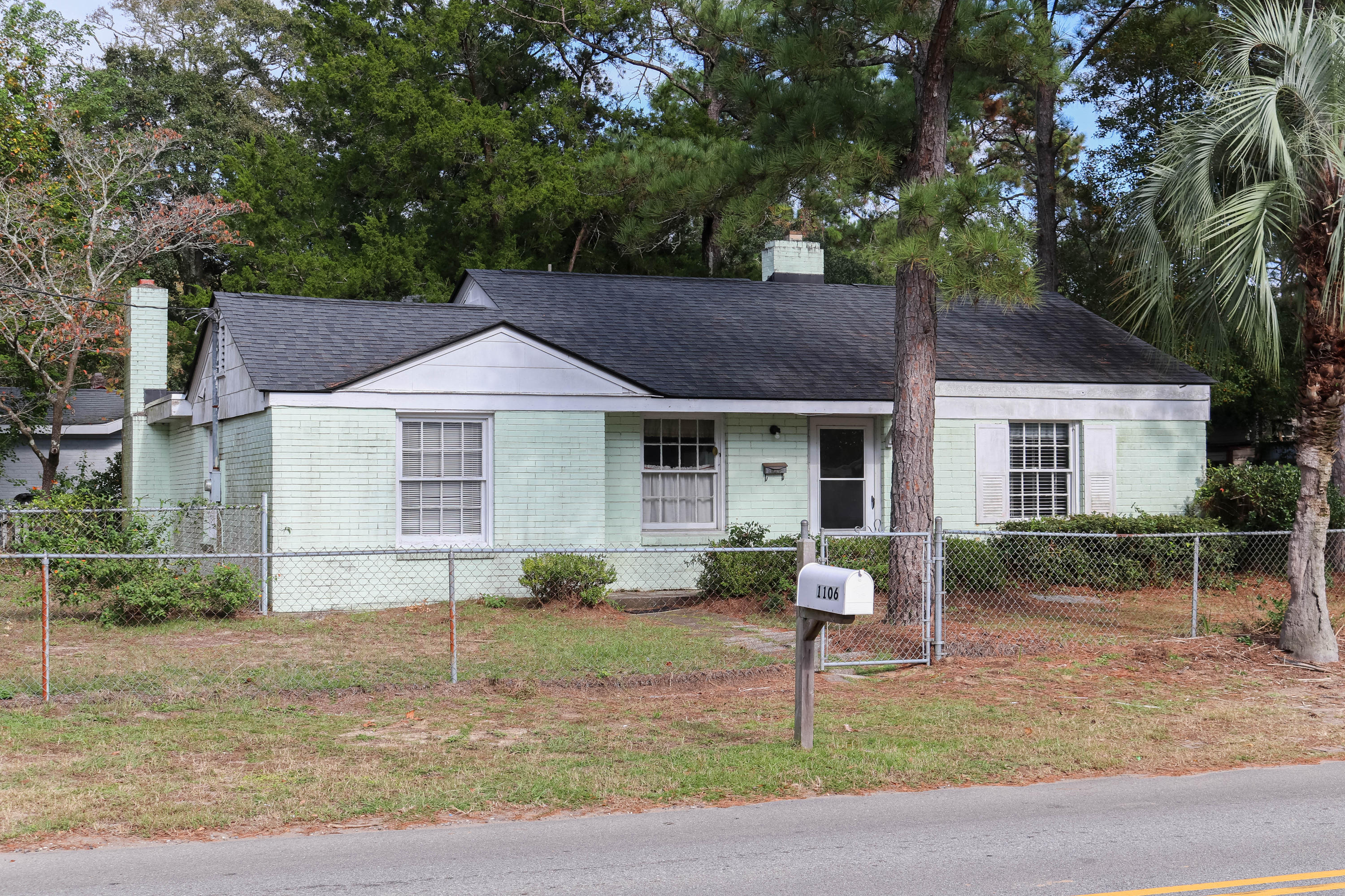 Old Mt Pleasant Homes For Sale - 1106 Simmons, Mount Pleasant, SC - 12