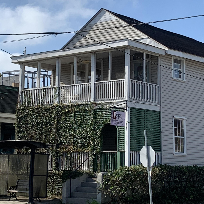 769 Meeting Street Charleston, SC 29403