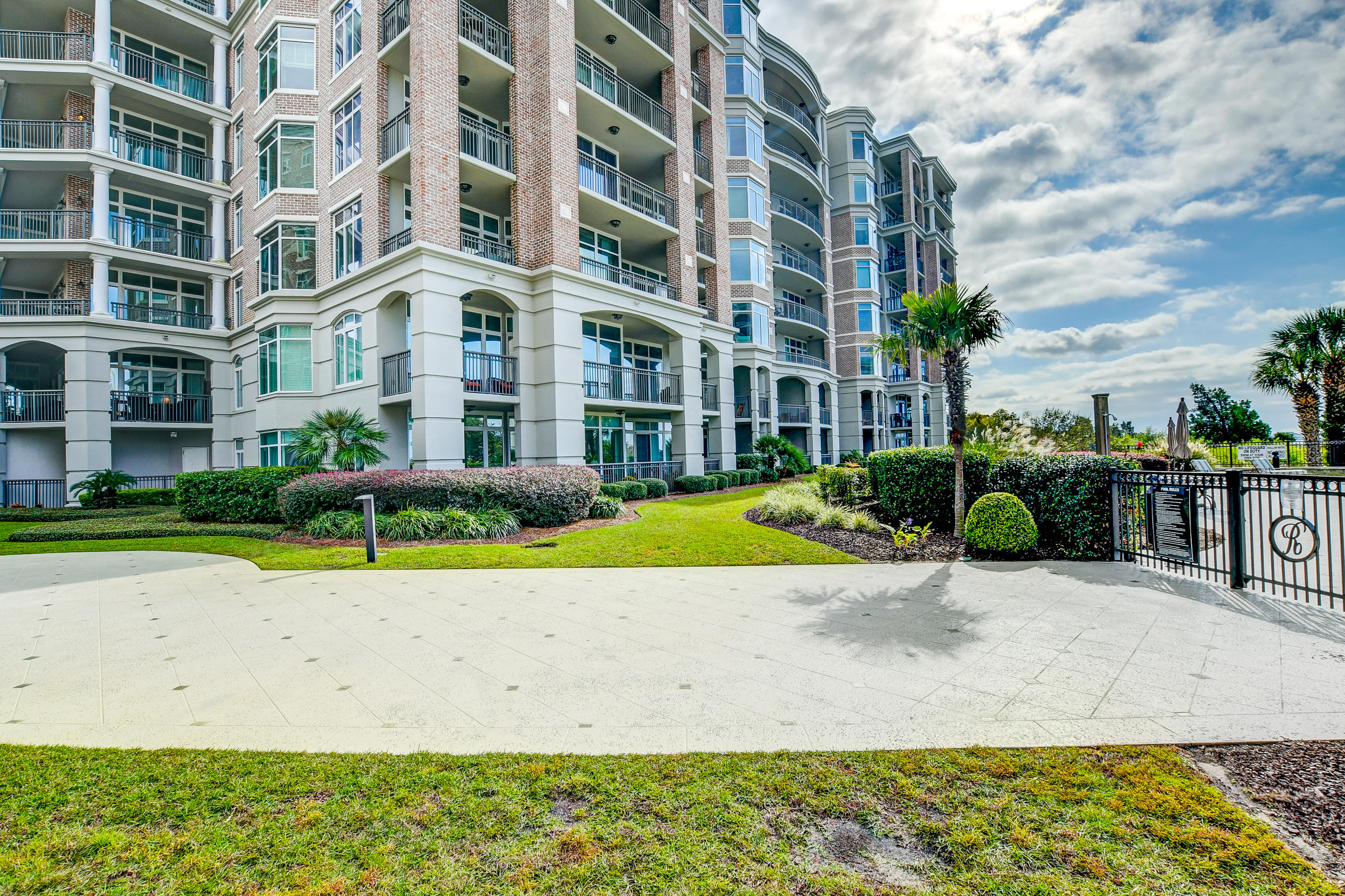 Renaissance On Chas Harbor Homes For Sale - 224 Plaza, Mount Pleasant, SC - 28